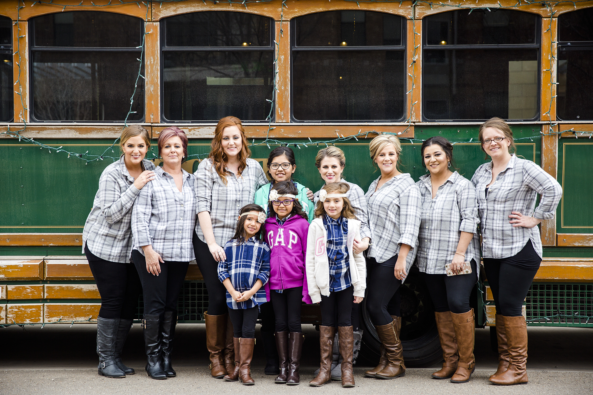 bridal party, trolly, getting ready on your wedding day