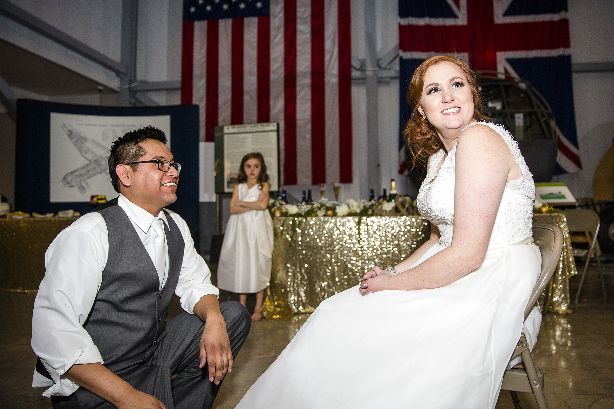 garter toss, wedding reception, wedding tradition, fun wedding reception