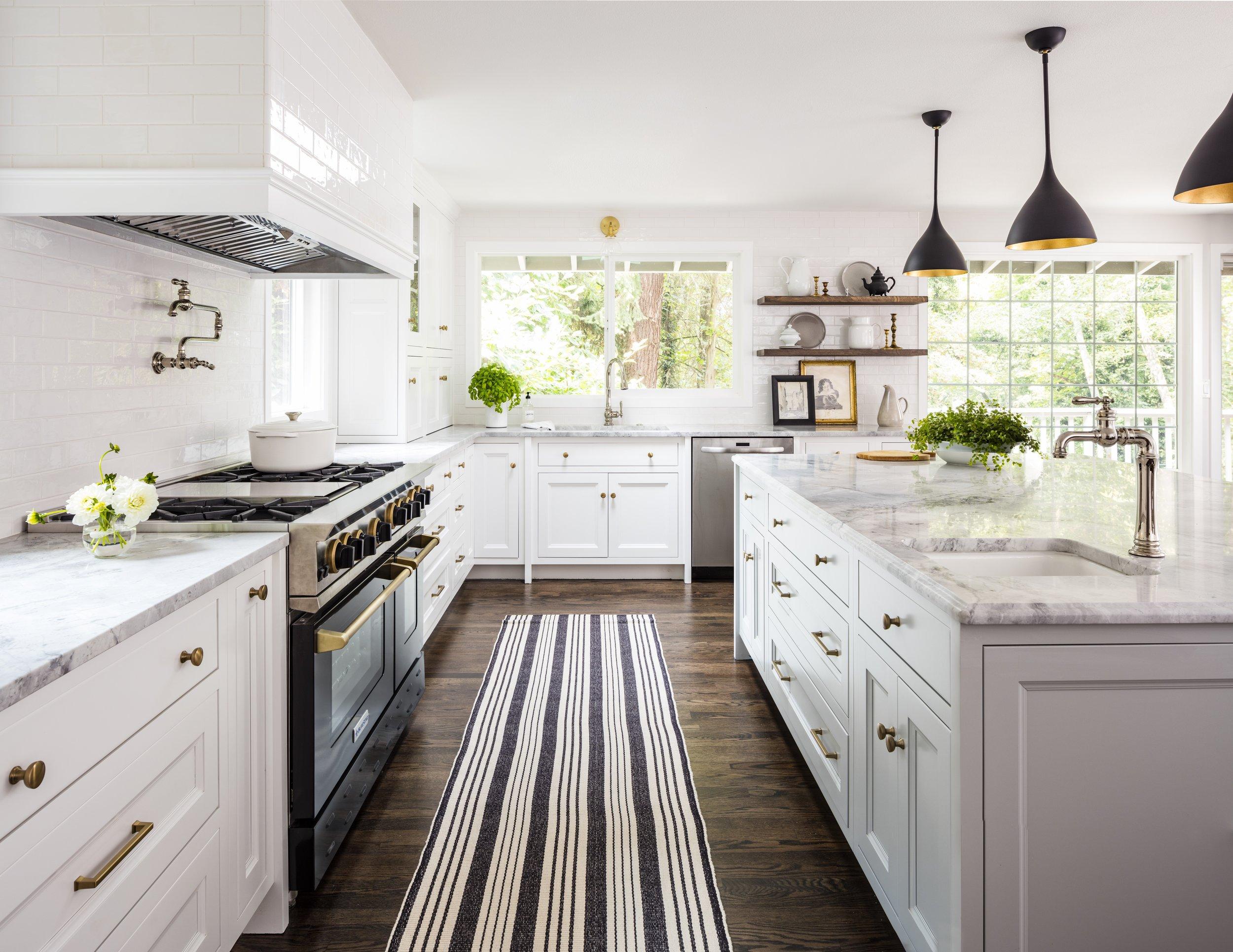 Trad+Mod Kitchen 2 copy.jpg