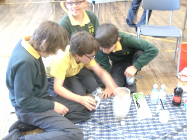 Investigating the effect created when vinegar and bicarbonate of soda are combined.