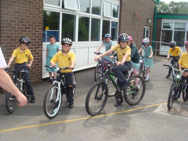 We brought our bikes into school and negotiated a tricky course set out by Mr Voller. We had to learn to stop, balance on our bikes for a count of four, weave in and out of cones and negotiate tight bends. However, we had fun!