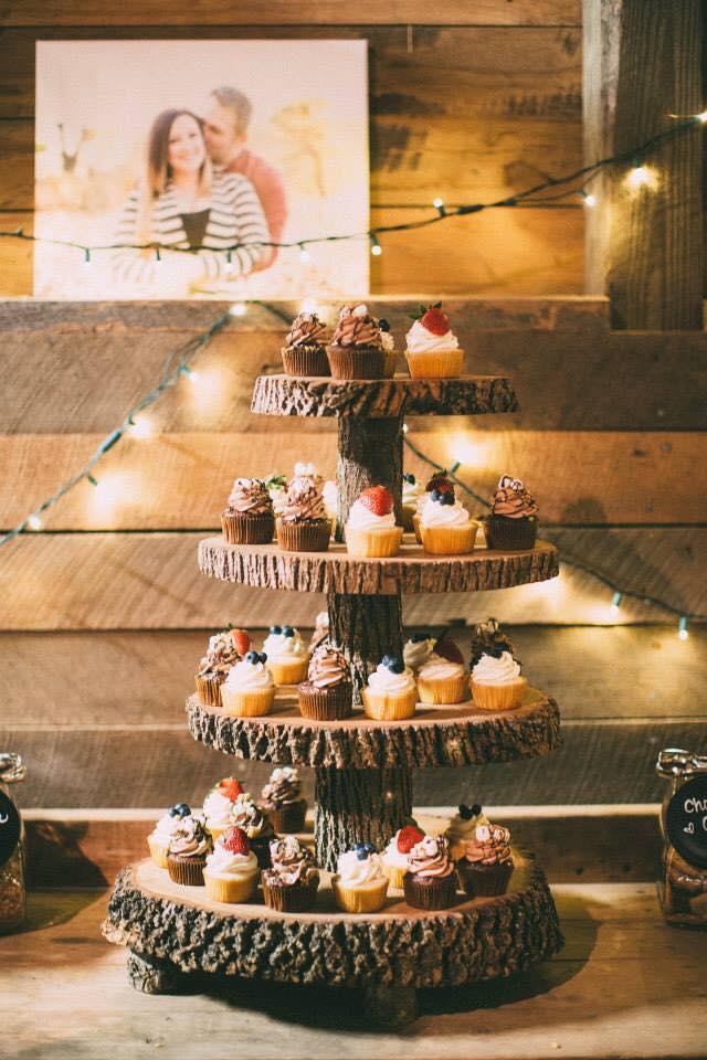 Copy of rustic wedding cupcakes