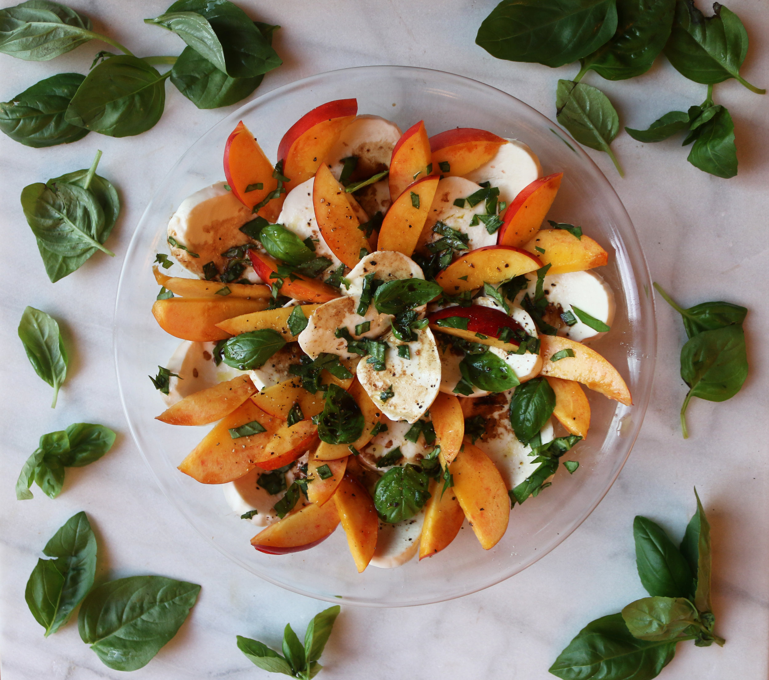 Peach-Caprese-Salad-CulinaryWitch