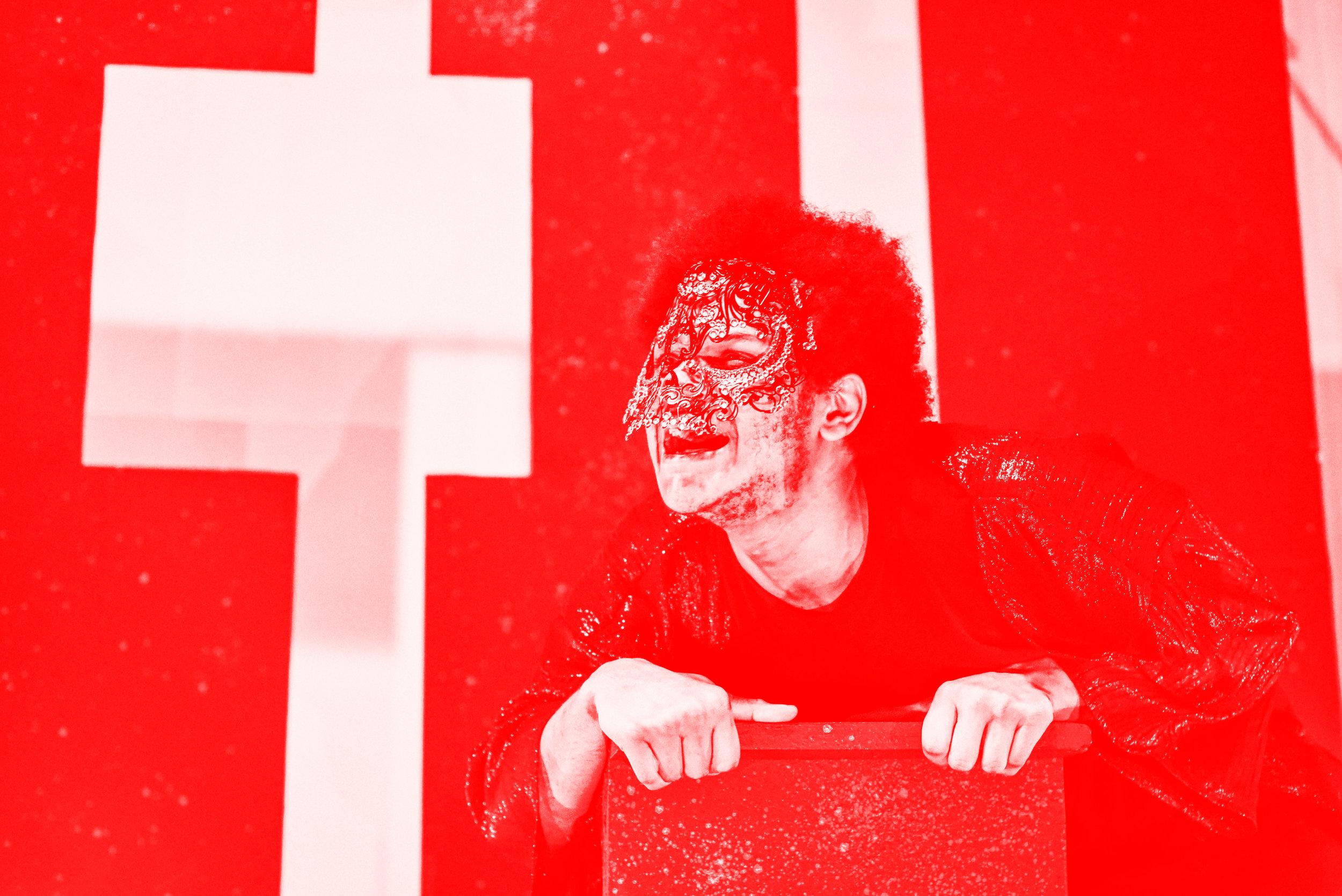 DSC_7328 red.jpg