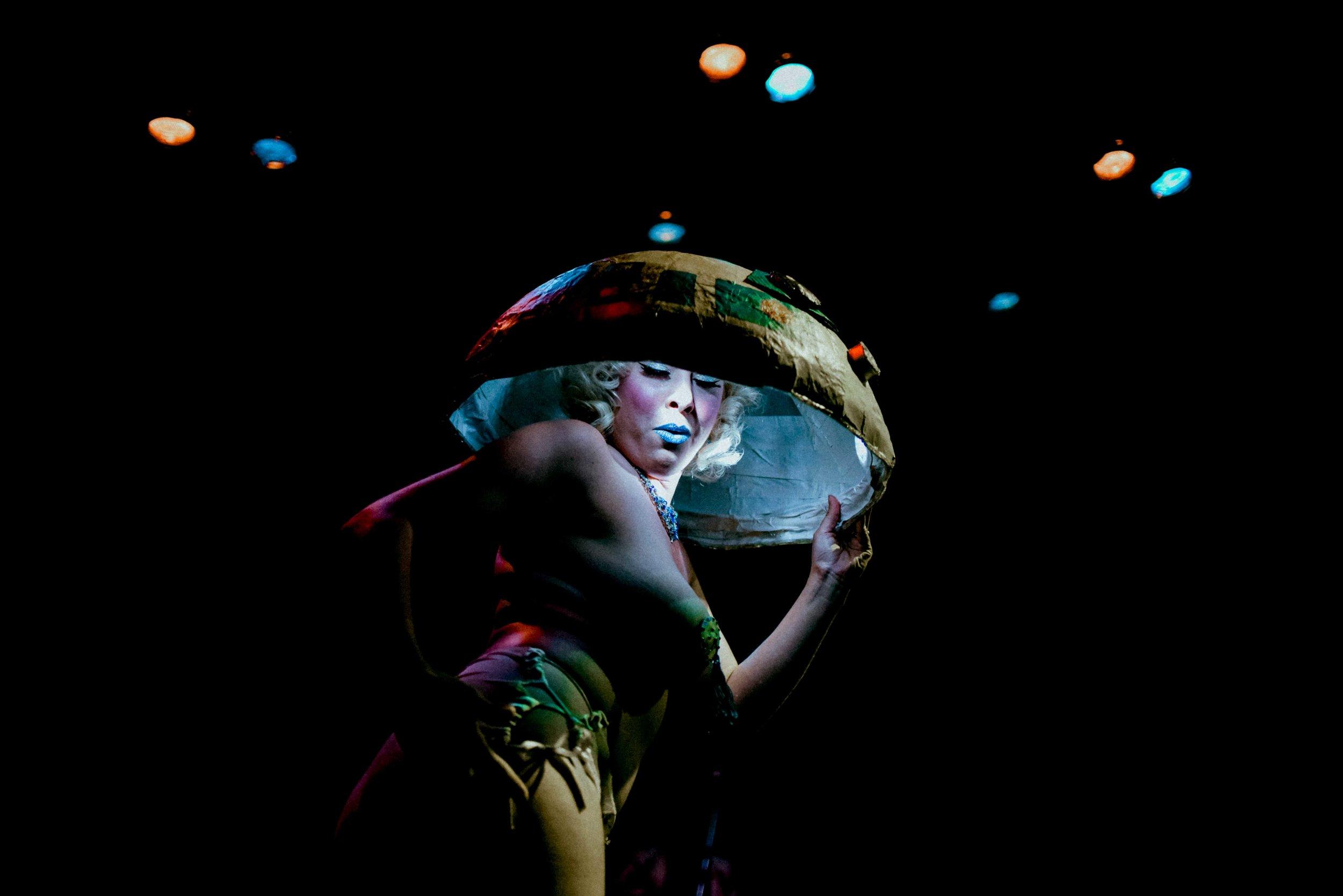 Renee Cabaret - Nanna-11.jpg