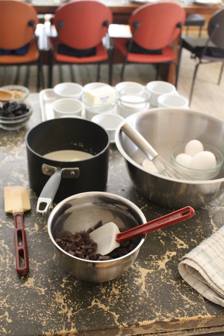 kitchen-prep-for-cooking-class-in-napa