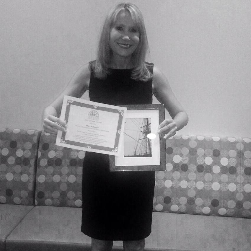 "March 2014:  Mary receives ""Anchor Award"" for investigative reporting."