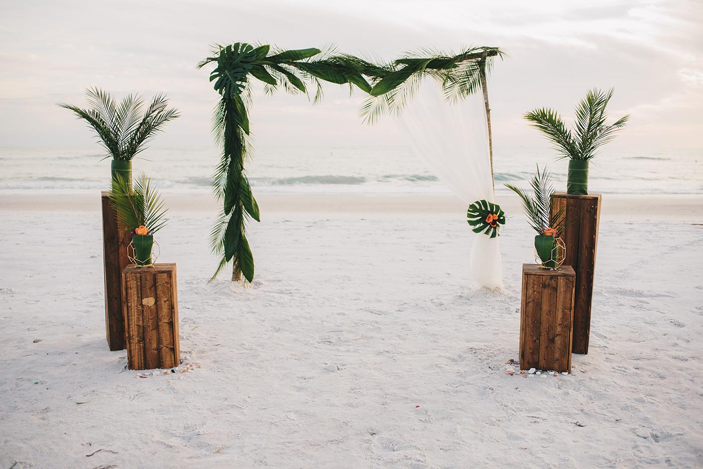 Los-Vargas-Photo-Moana-Wedding-Style-shoot-36.jpg