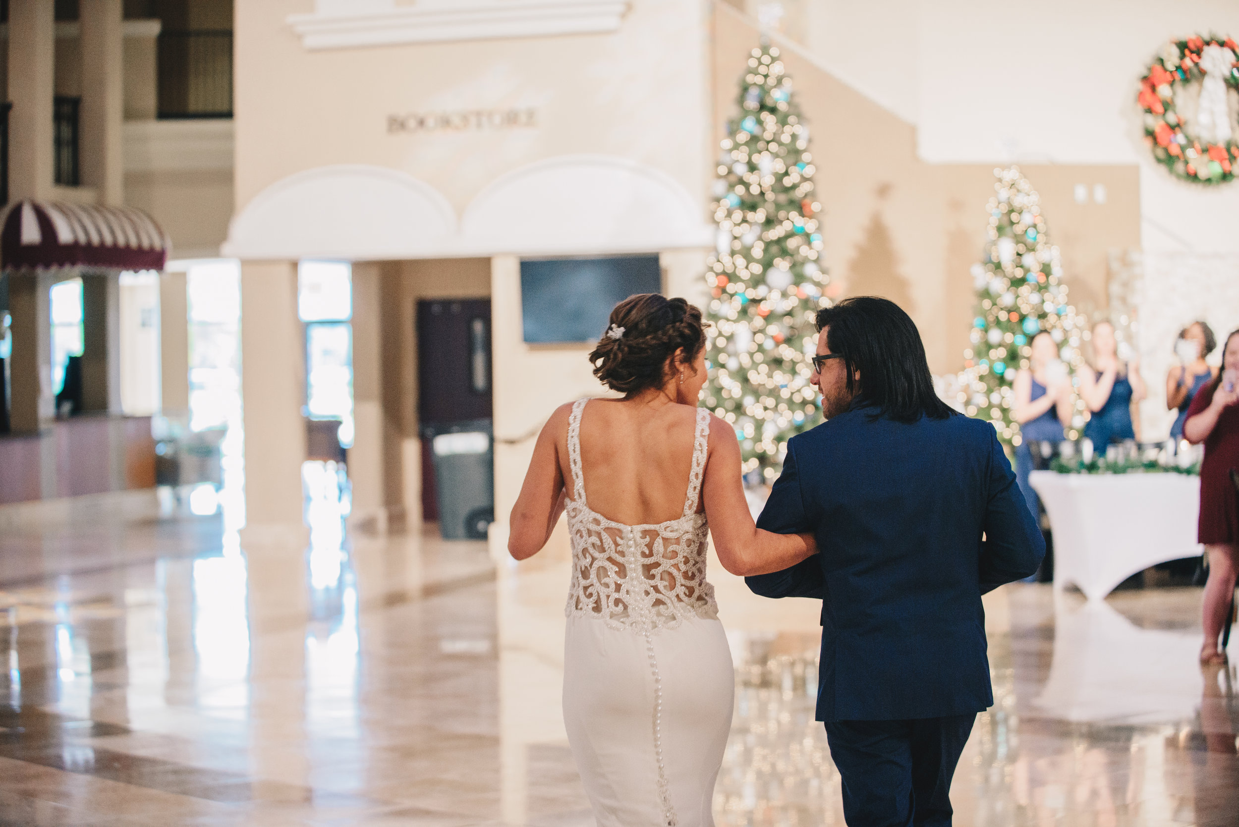 Los-Vargas-Photo-Central-Florida-Christmas-Wedding-361.jpg