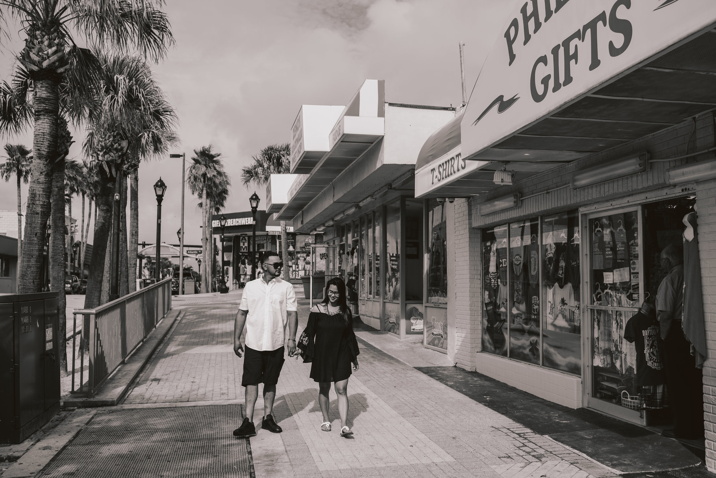 Los-Vargas-Photo-Boardwalk-Summer-Engagement-Session-0548.jpg