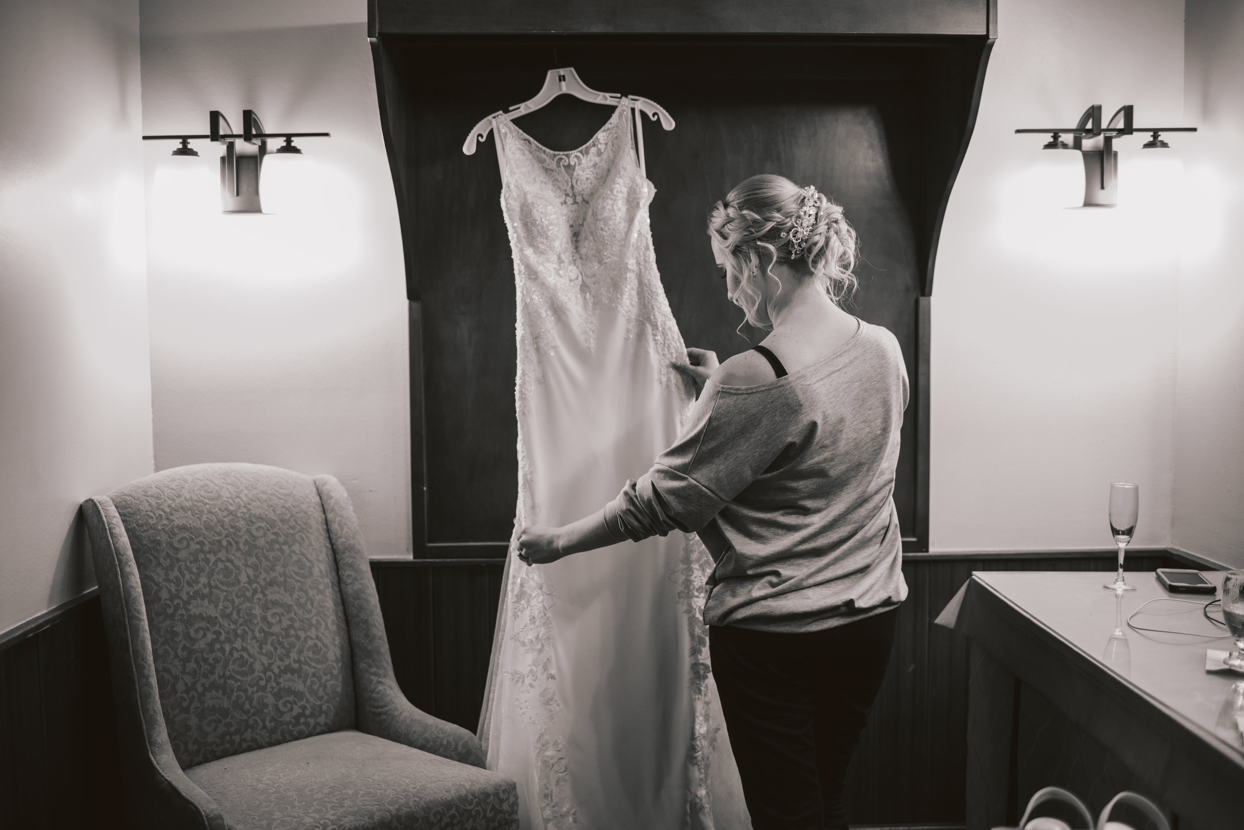 Los-Vargas-Photo-Wedding-Historic-Dubsdread-Ballroom-7909.jpg