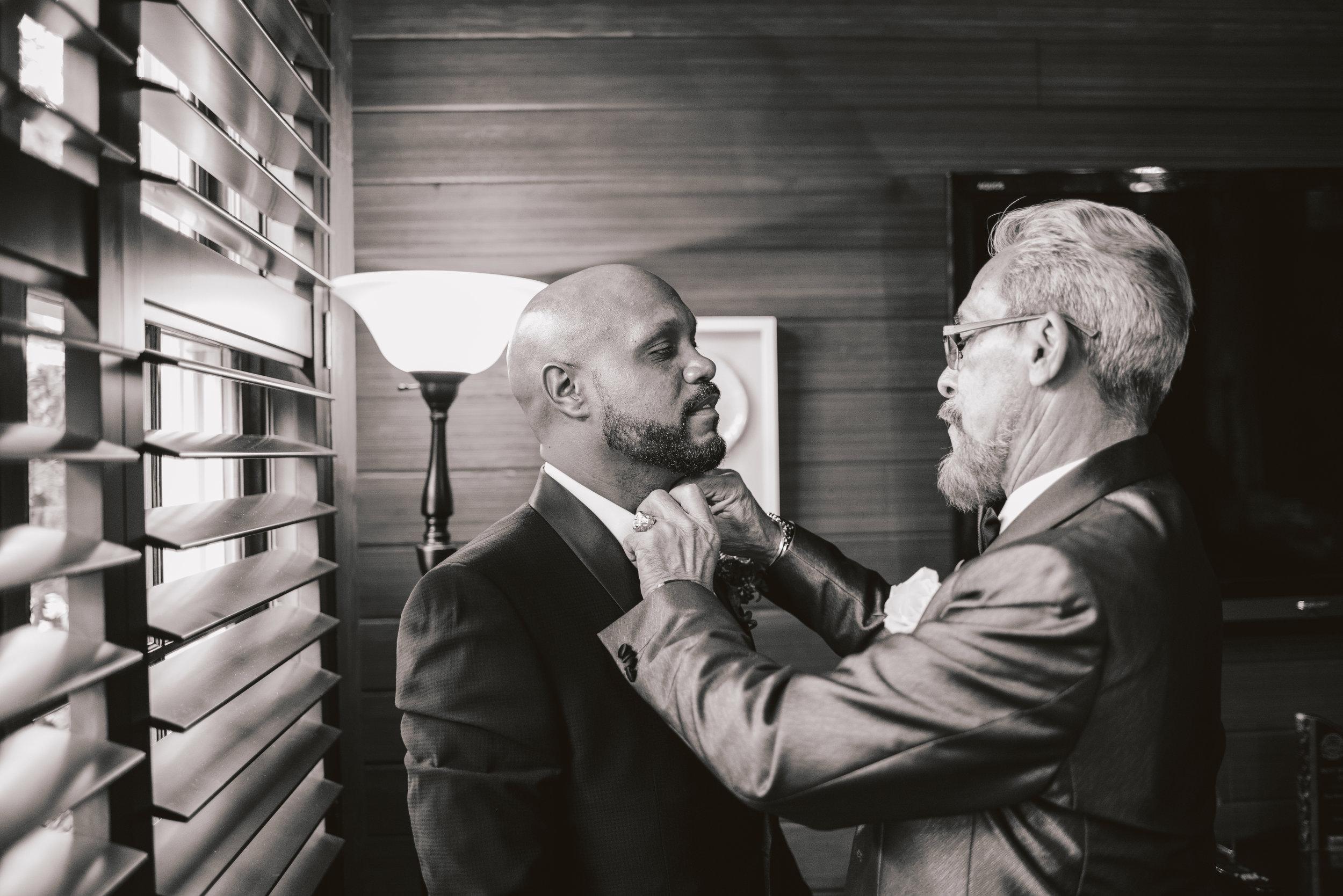 Los-Vargas-Photo-Wedding-Historic-Dubsdread-Ballroom-7912.jpg