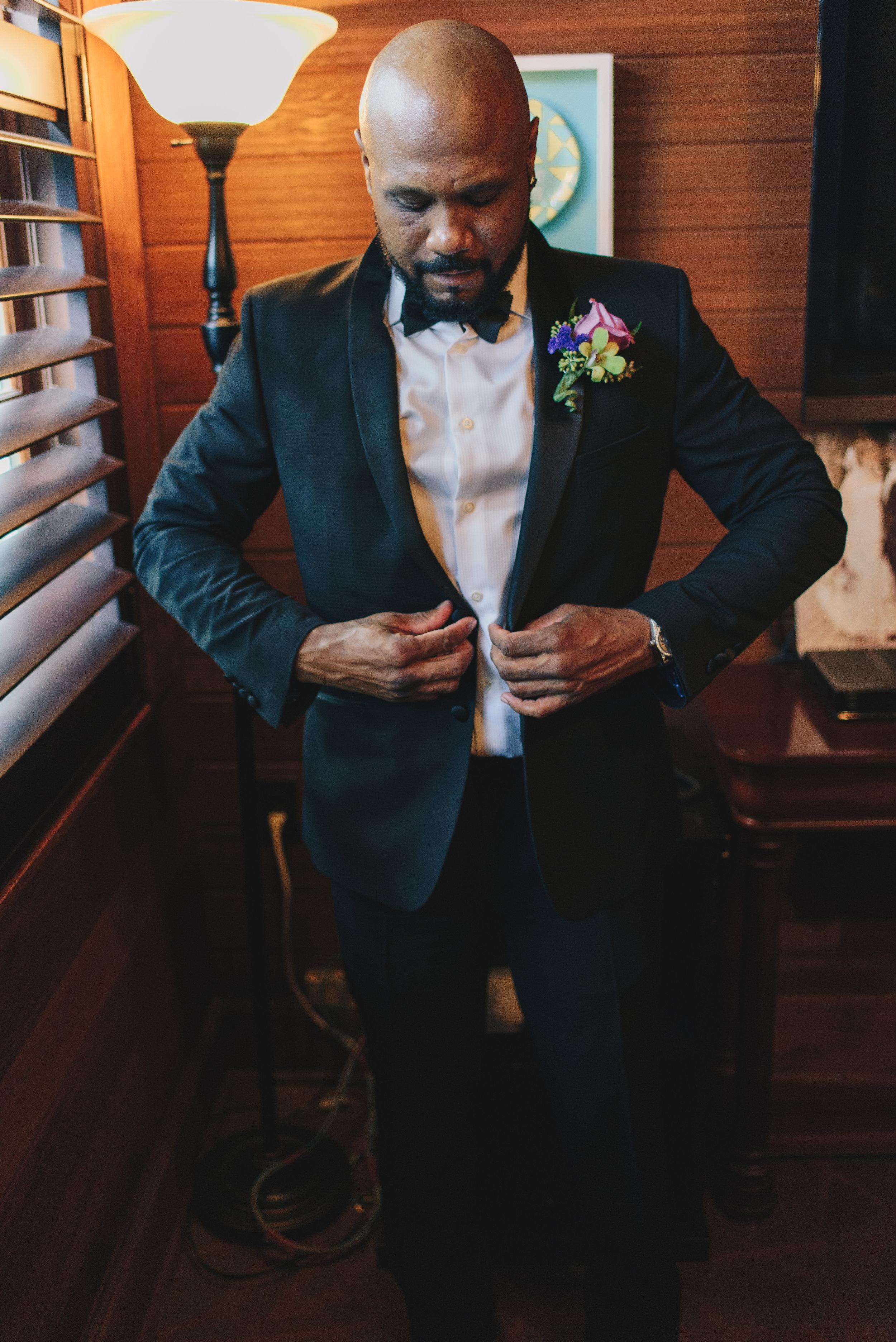 Los-Vargas-Photo-Wedding-Historic-Dubsdread-Ballroom-7944.jpg