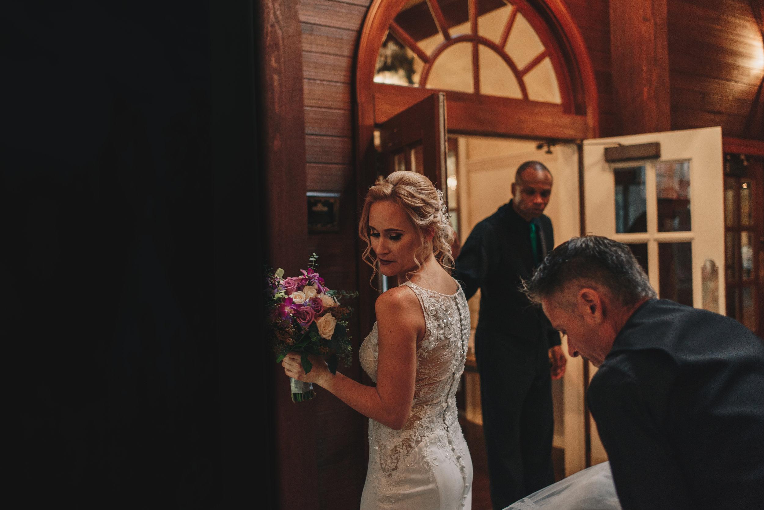 Los-Vargas-Photo-Wedding-Historic-Dubsdread-Ballroom-8055.jpg