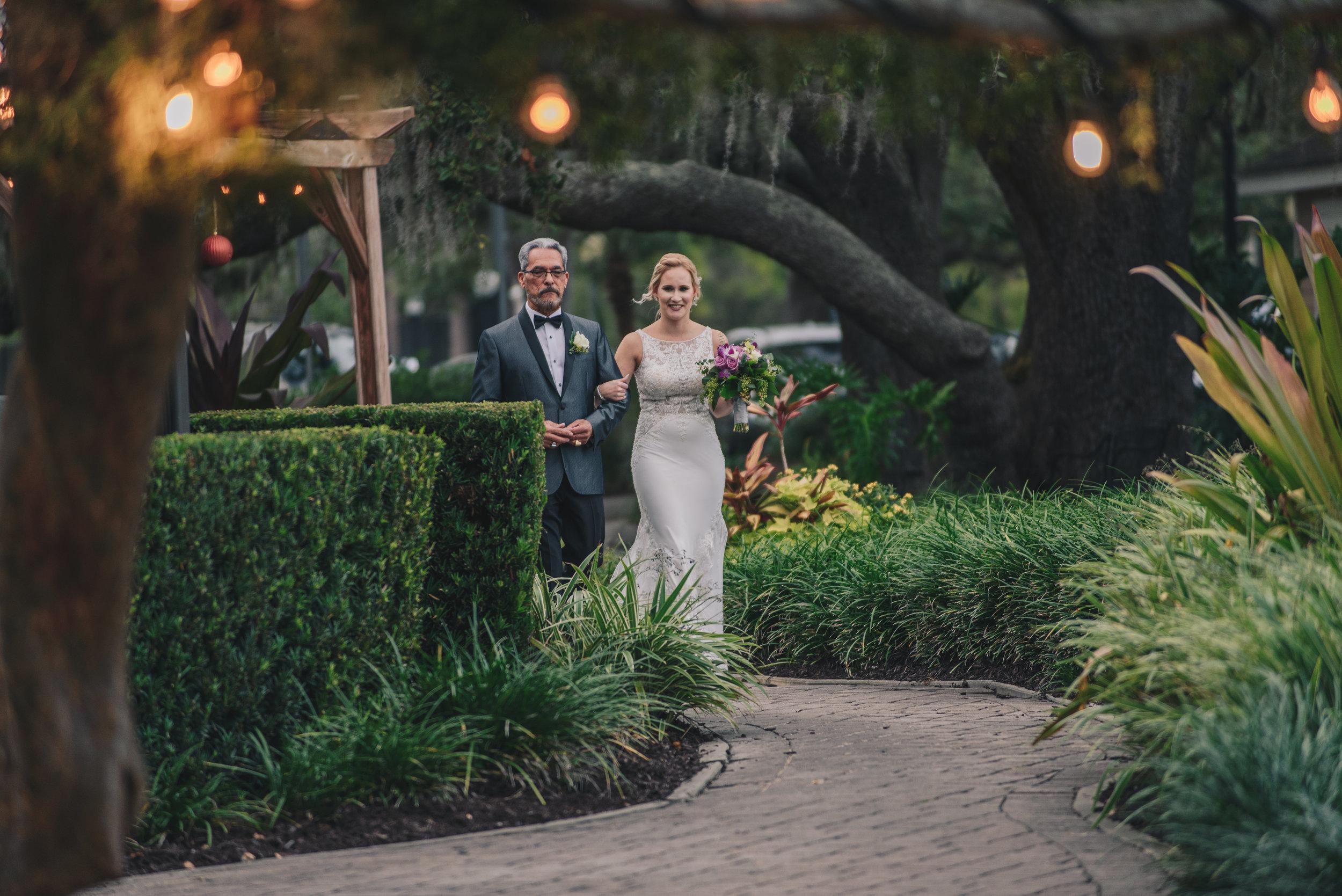 Los-Vargas-Photo-Wedding-Historic-Dubsdread-Ballroom-8133.jpg