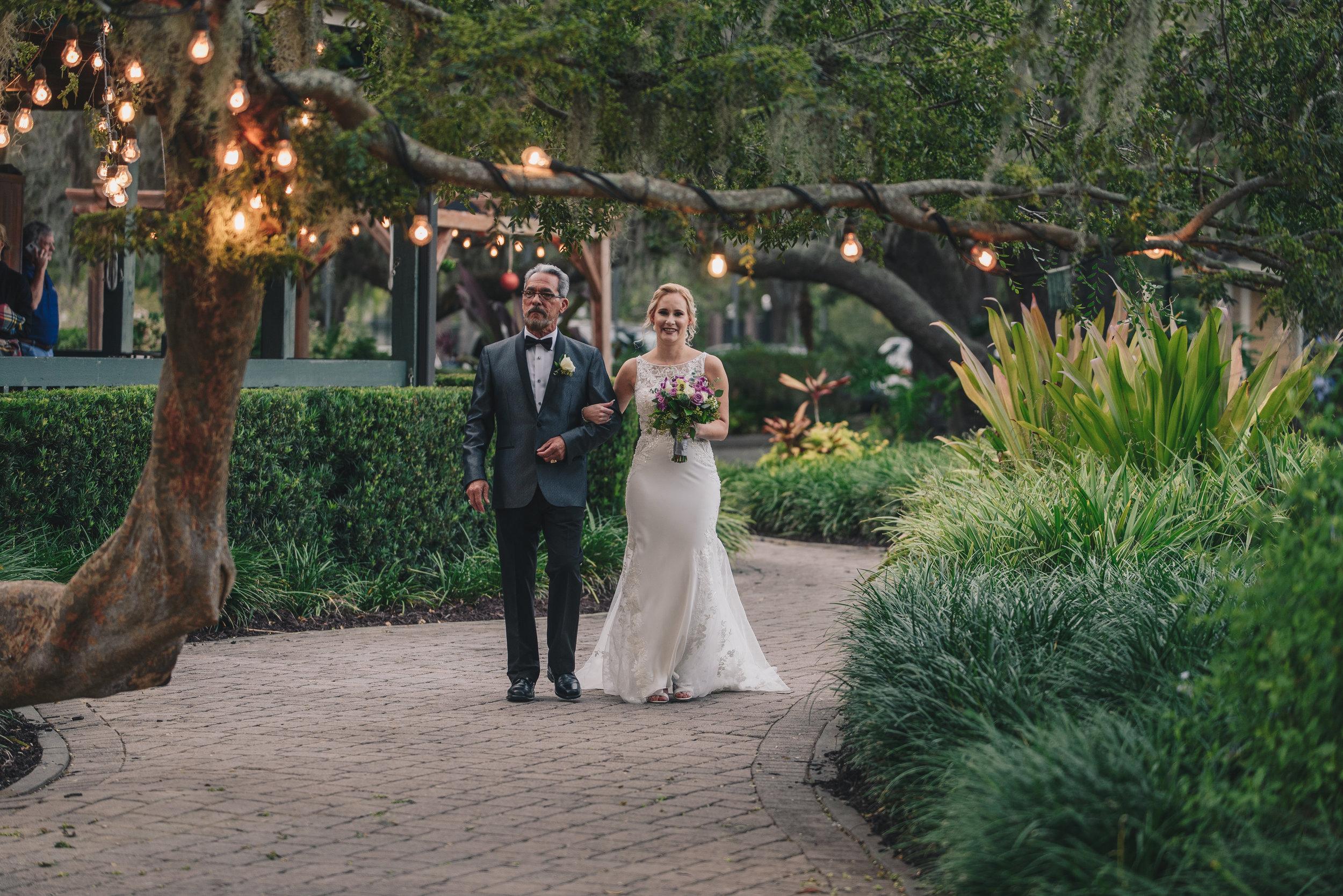 Los-Vargas-Photo-Wedding-Historic-Dubsdread-Ballroom-8141.jpg