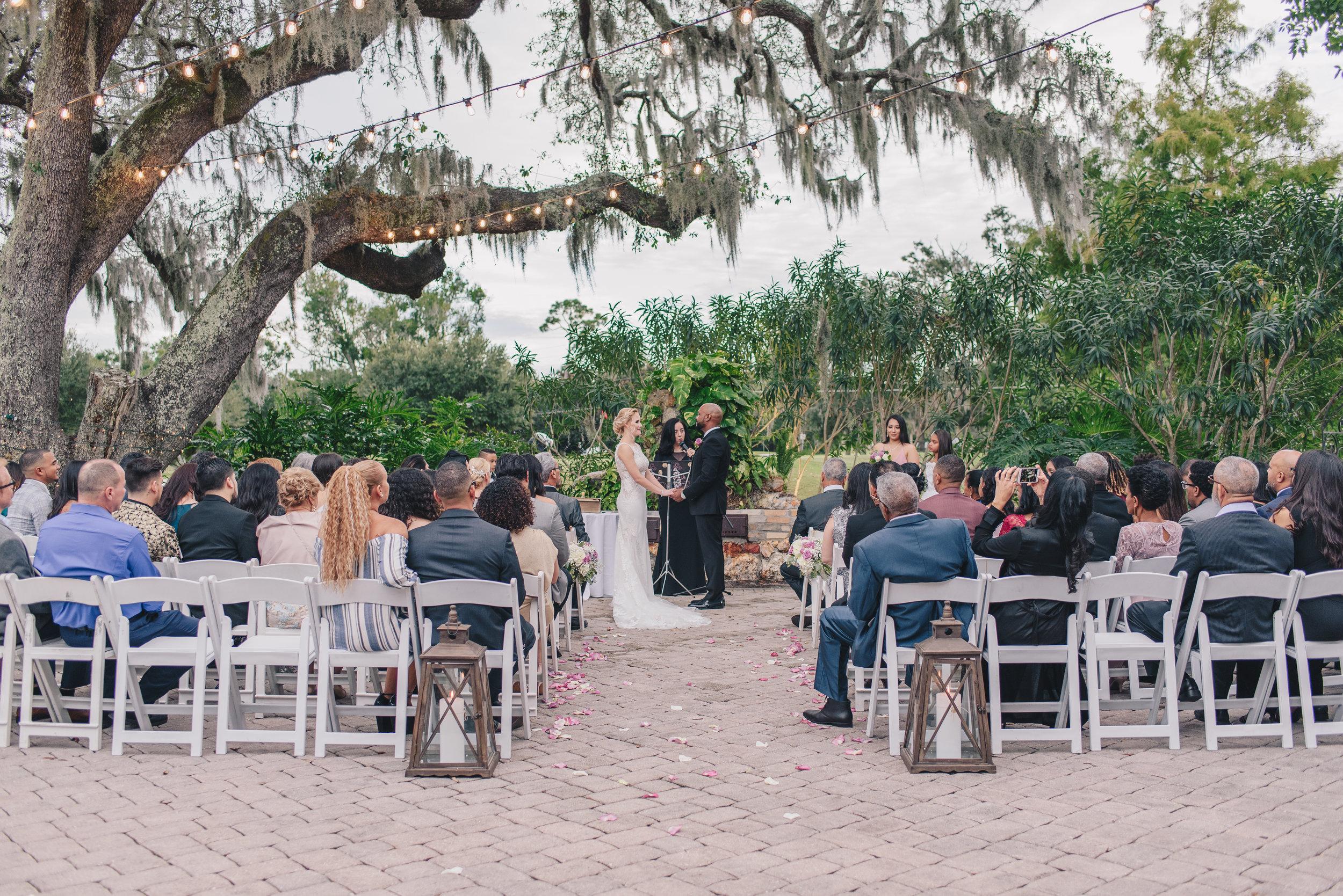 Los-Vargas-Photo-Wedding-Historic-Dubsdread-Ballroom-8200.jpg