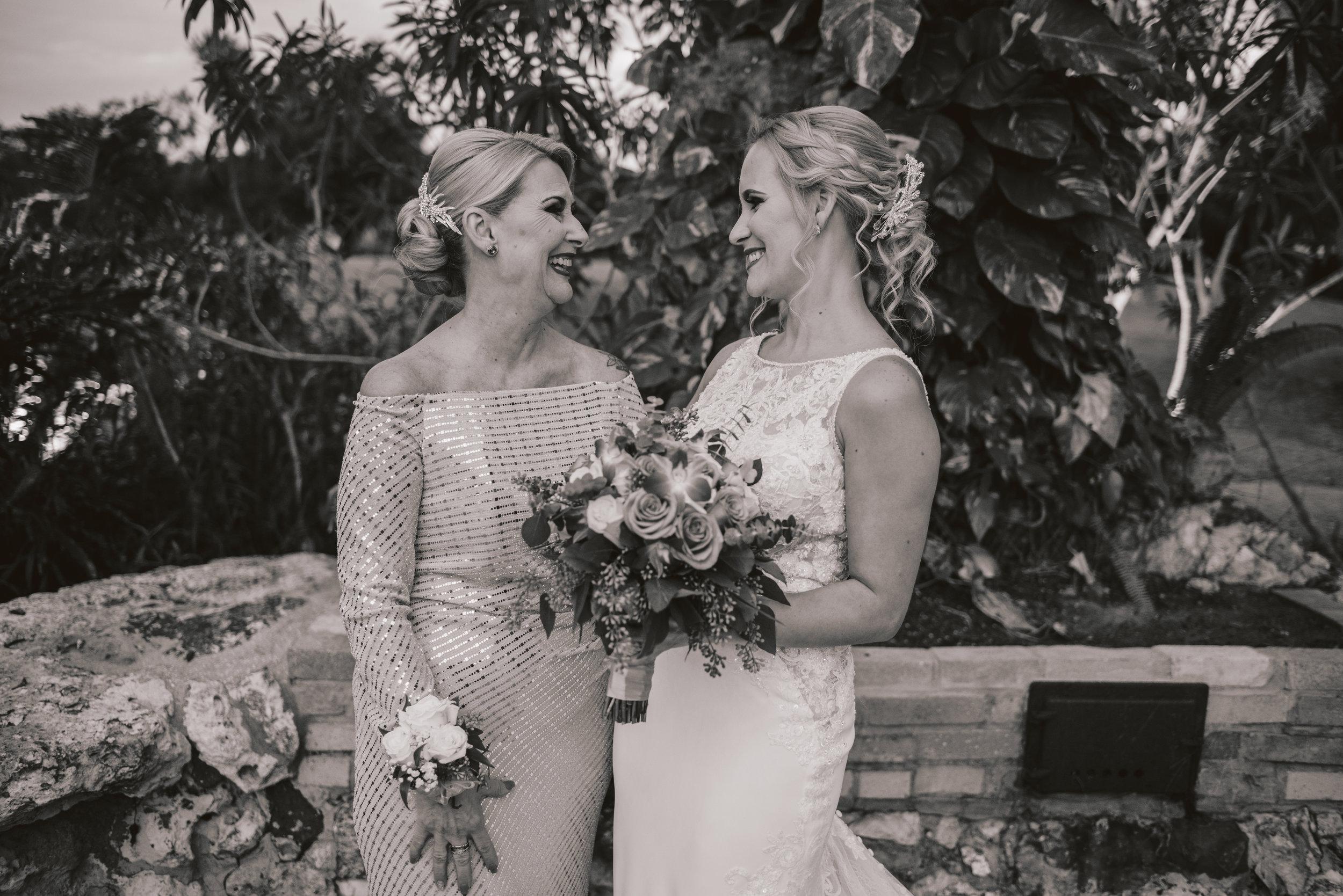 Los-Vargas-Photo-Wedding-Historic-Dubsdread-Ballroom-8694.jpg