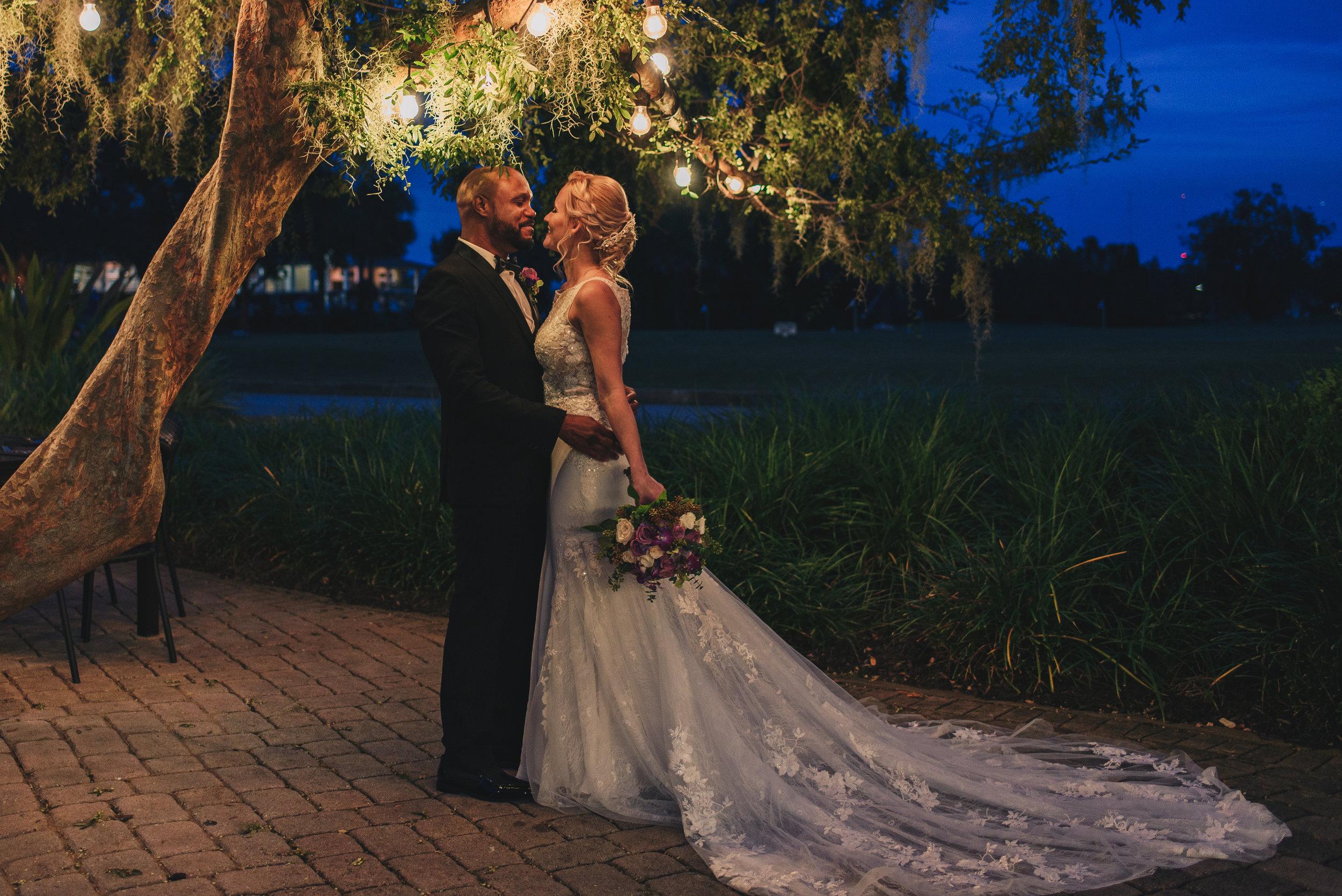 Los-Vargas-Photo-Wedding-Historic-Dubsdread-Ballroom-8863.jpg