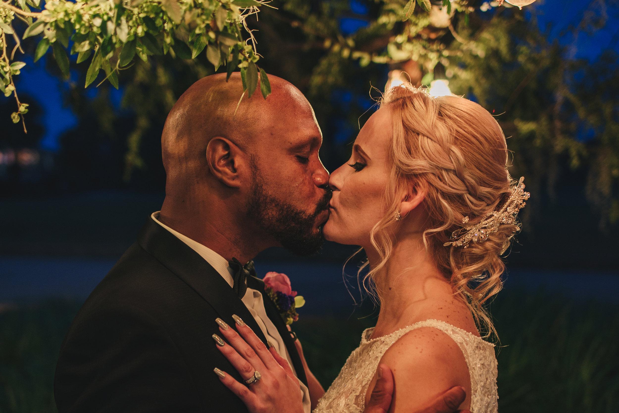 Los-Vargas-Photo-Wedding-Historic-Dubsdread-Ballroom-8895.jpg