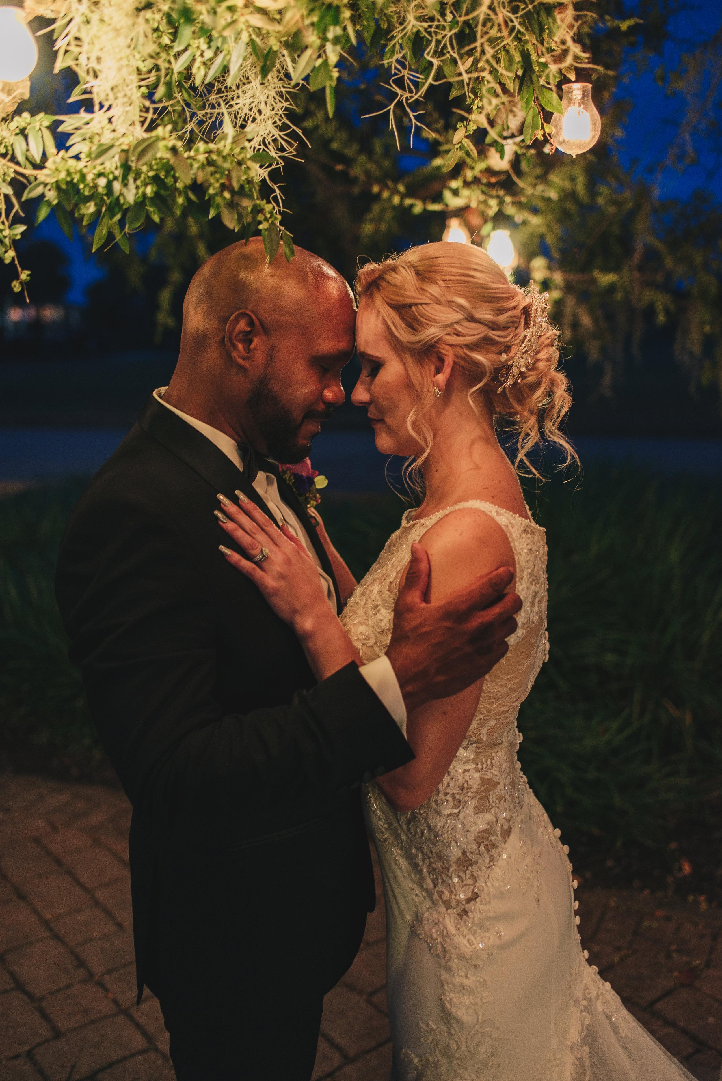 Los-Vargas-Photo-Wedding-Historic-Dubsdread-Ballroom-8889.jpg