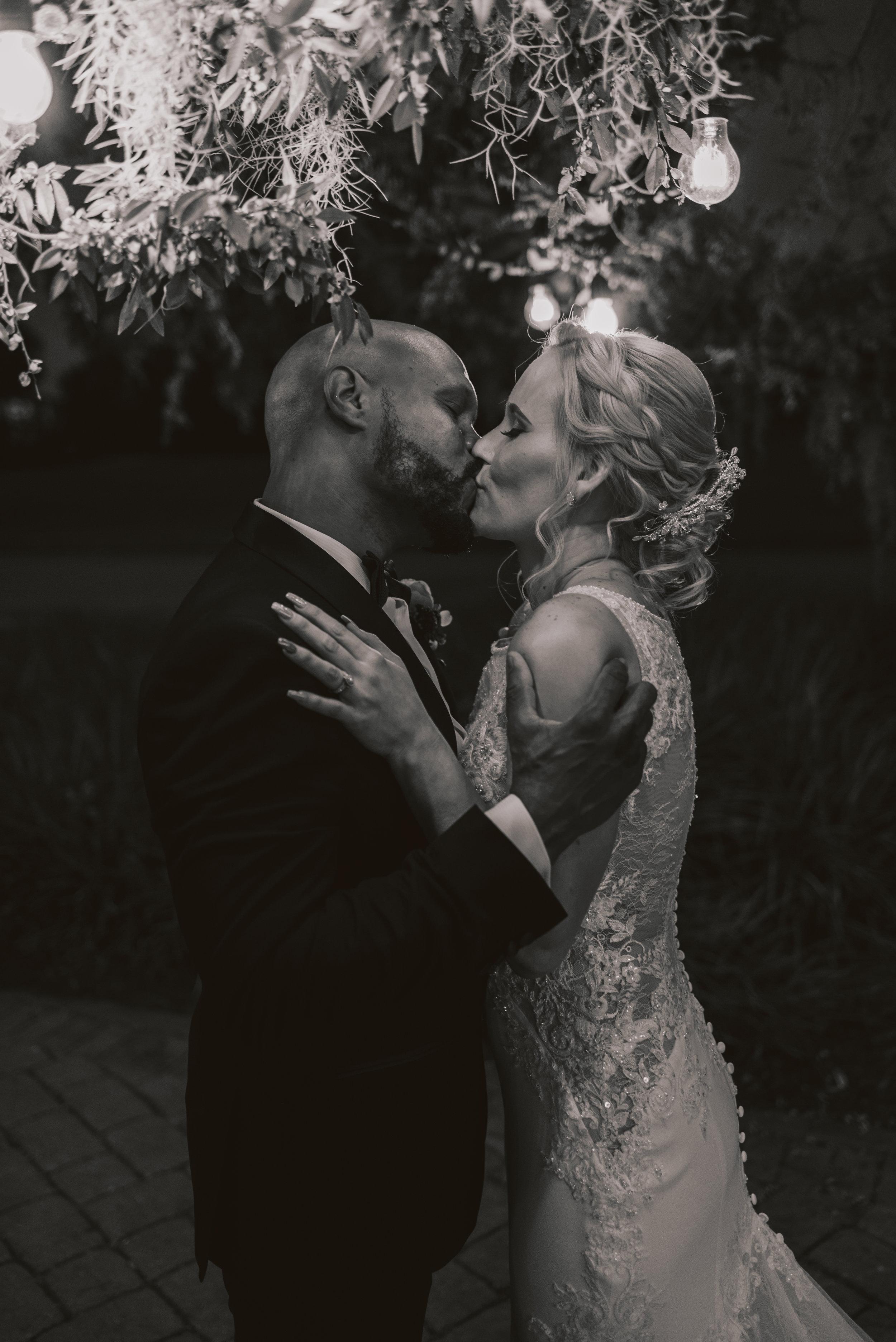Los-Vargas-Photo-Wedding-Historic-Dubsdread-Ballroom-8898.jpg