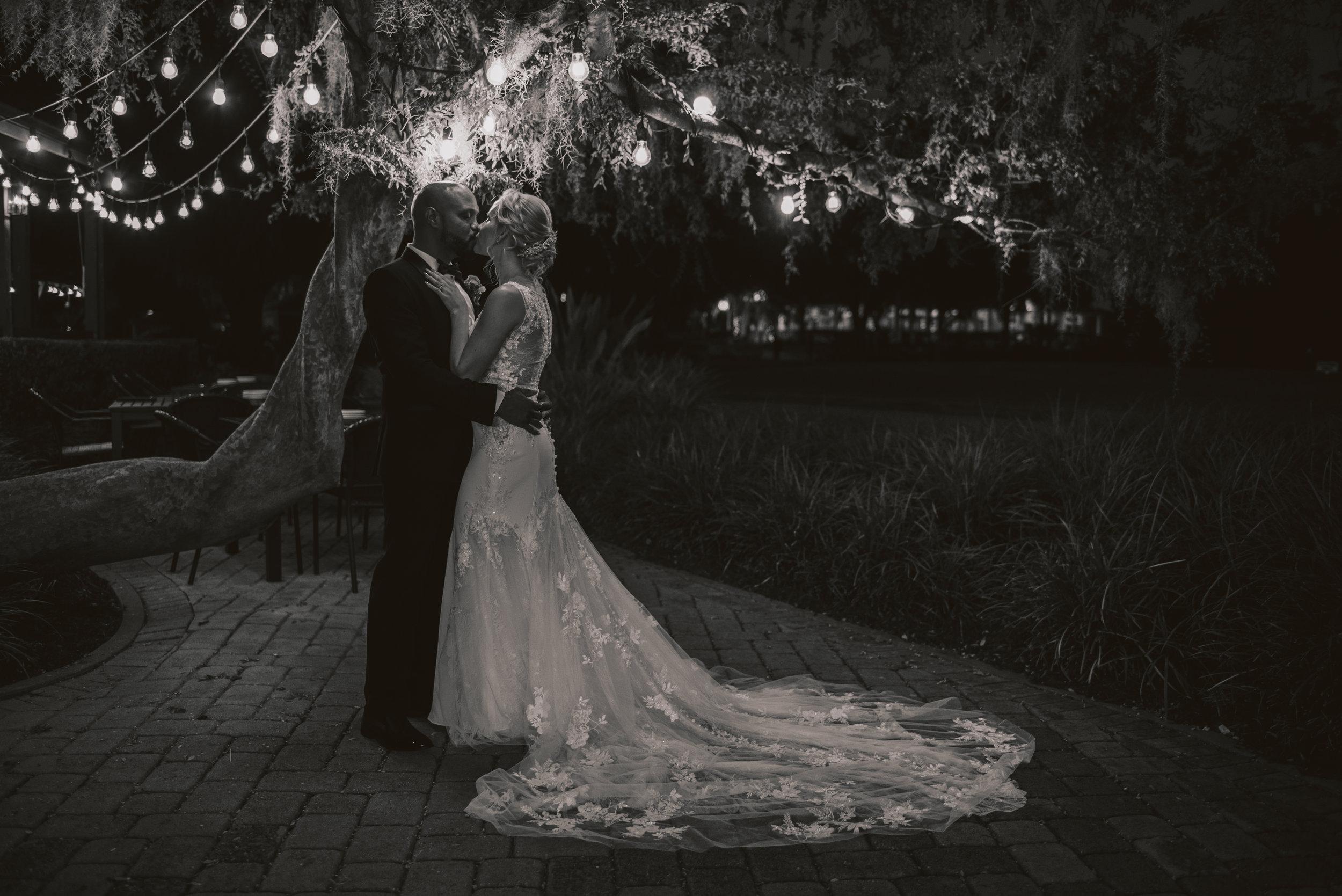 Los-Vargas-Photo-Wedding-Historic-Dubsdread-Ballroom-8931.jpg