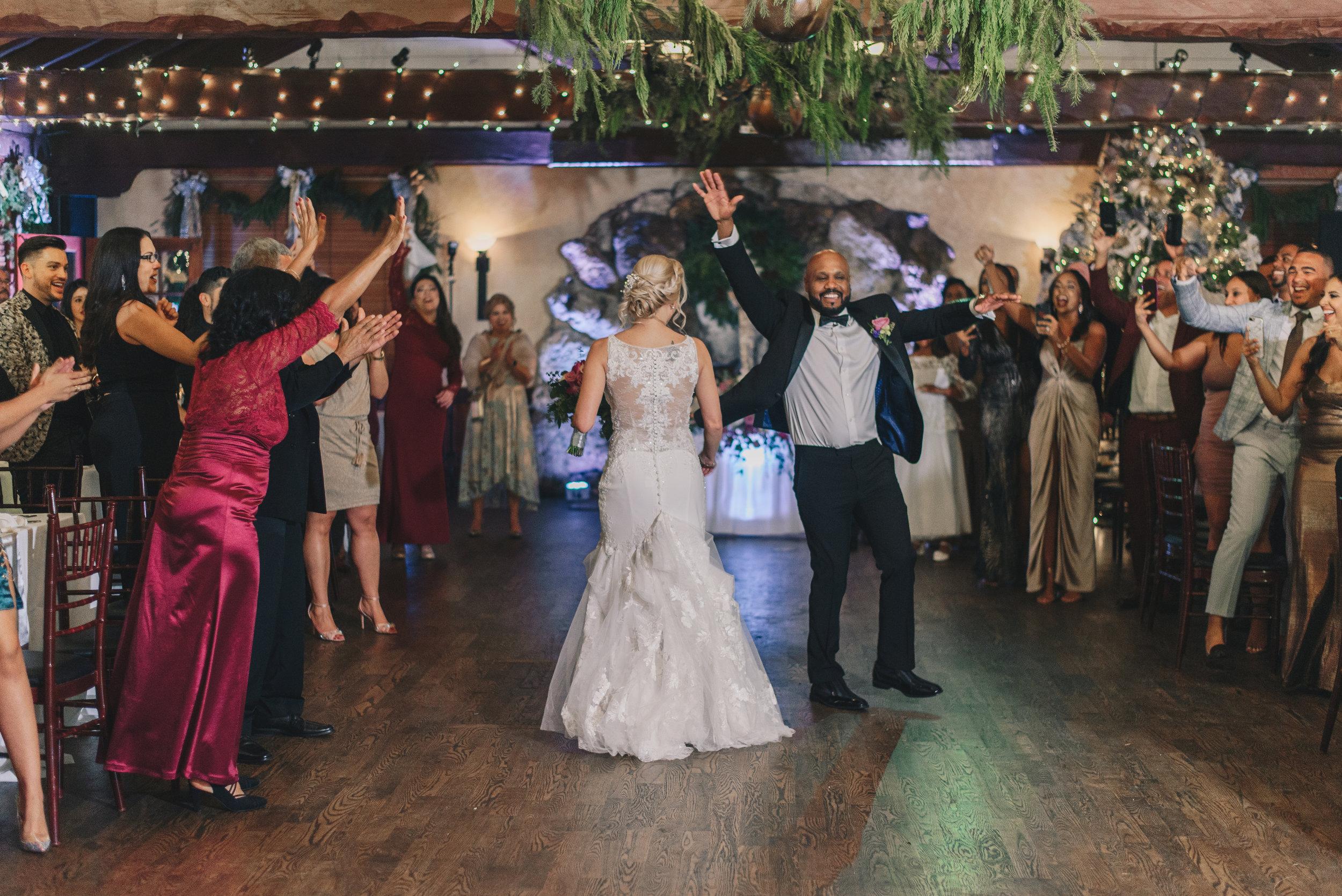 Los-Vargas-Photo-Wedding-Historic-Dubsdread-Ballroom-9068.jpg