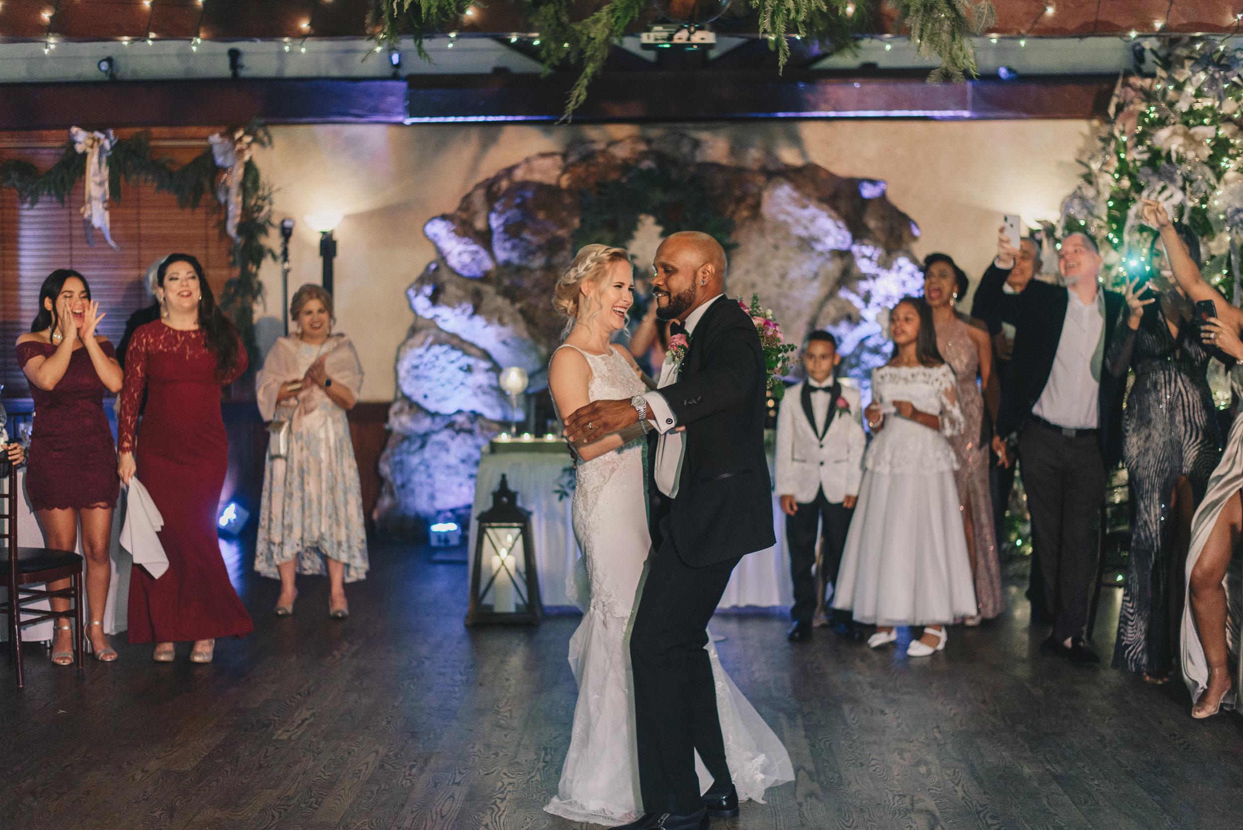 Los-Vargas-Photo-Wedding-Historic-Dubsdread-Ballroom-9072.jpg