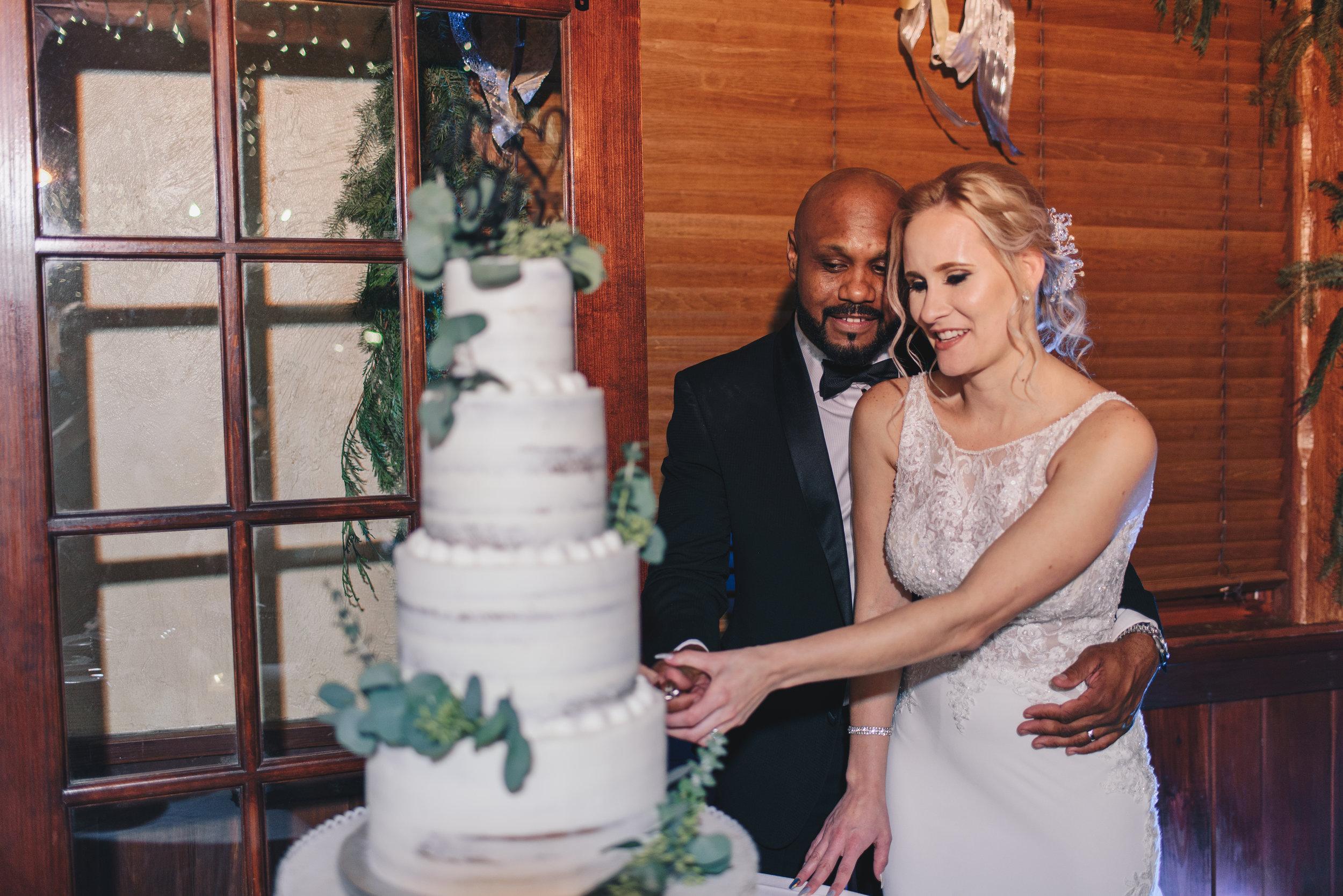 Los-Vargas-Photo-Wedding-Historic-Dubsdread-Ballroom-9195.jpg