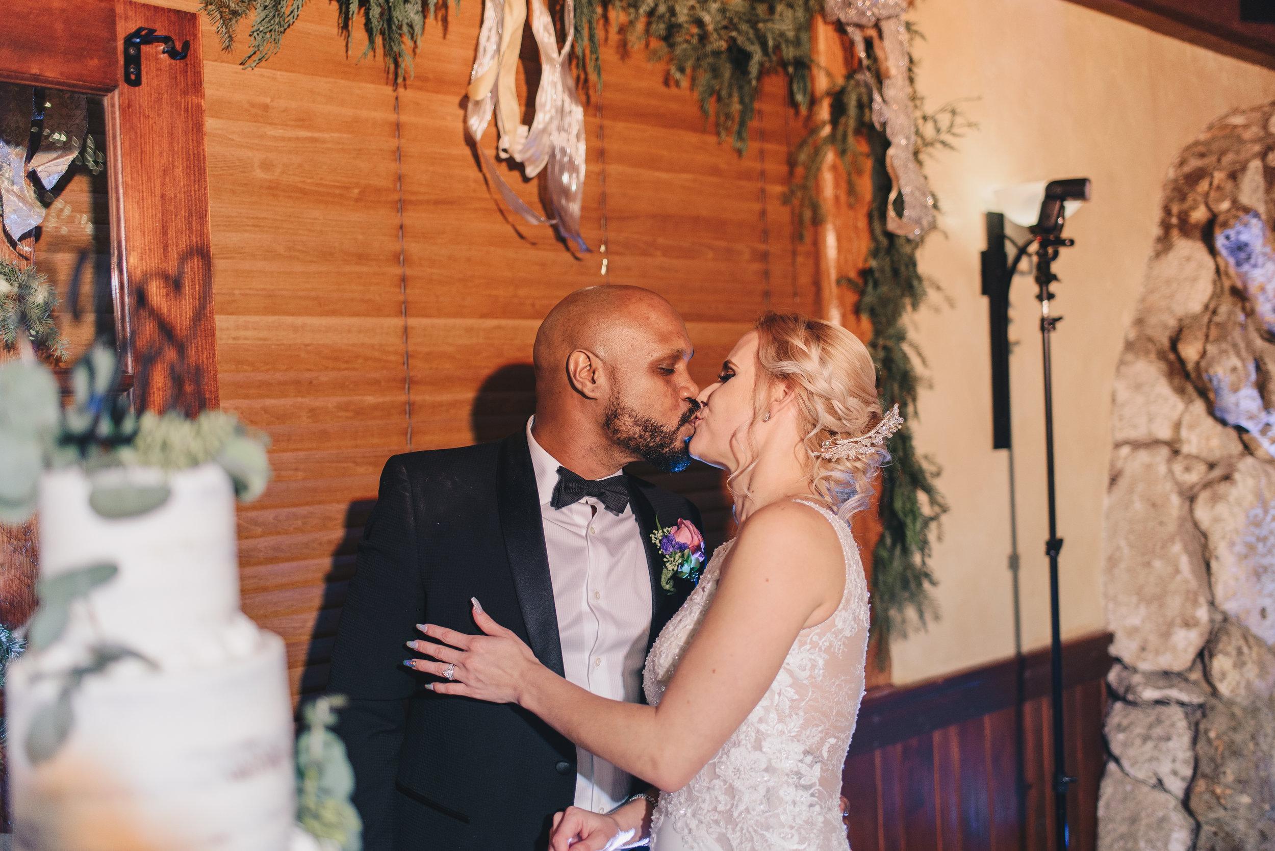 Los-Vargas-Photo-Wedding-Historic-Dubsdread-Ballroom-9218.jpg