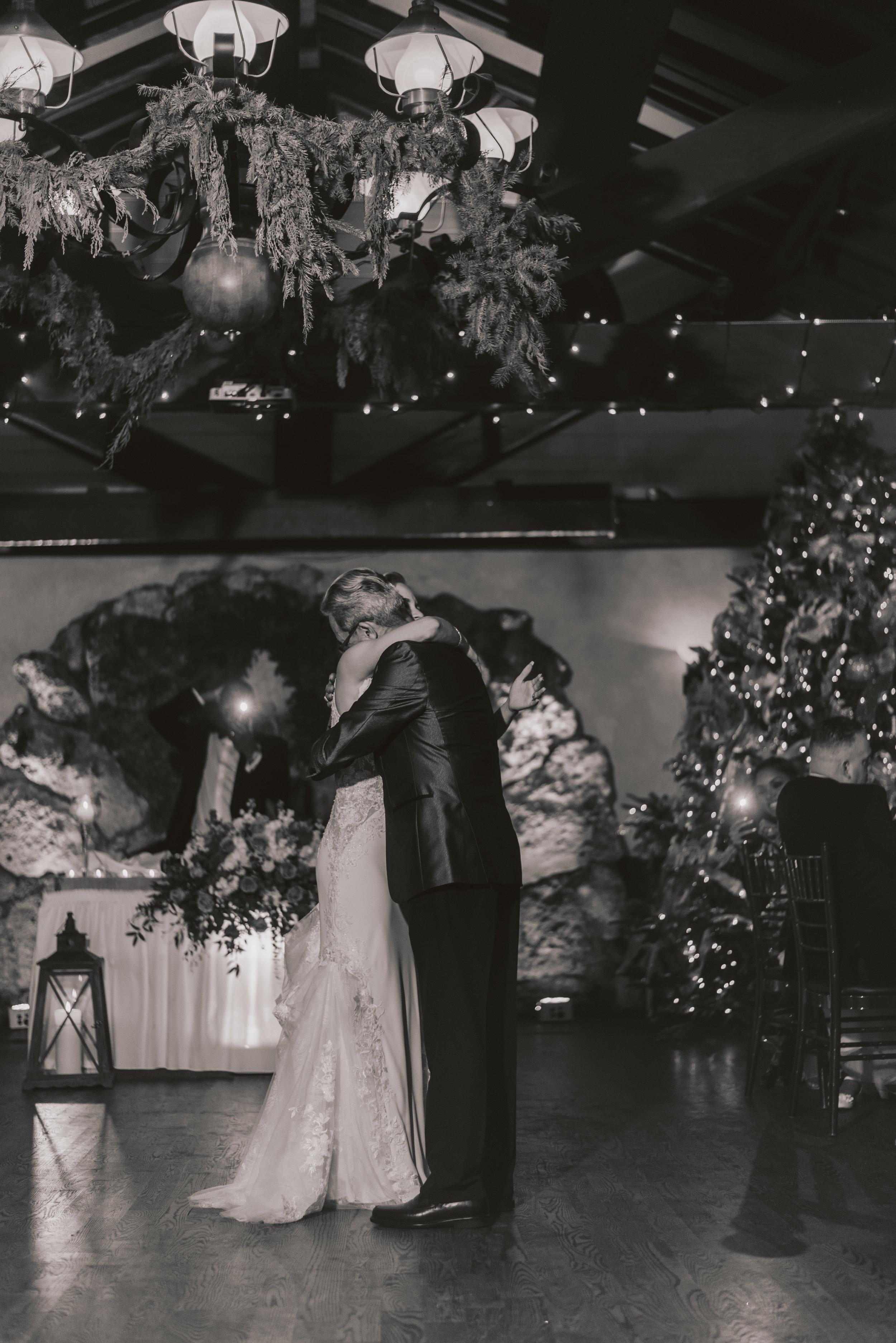 Los-Vargas-Photo-Wedding-Historic-Dubsdread-Ballroom-9259.jpg
