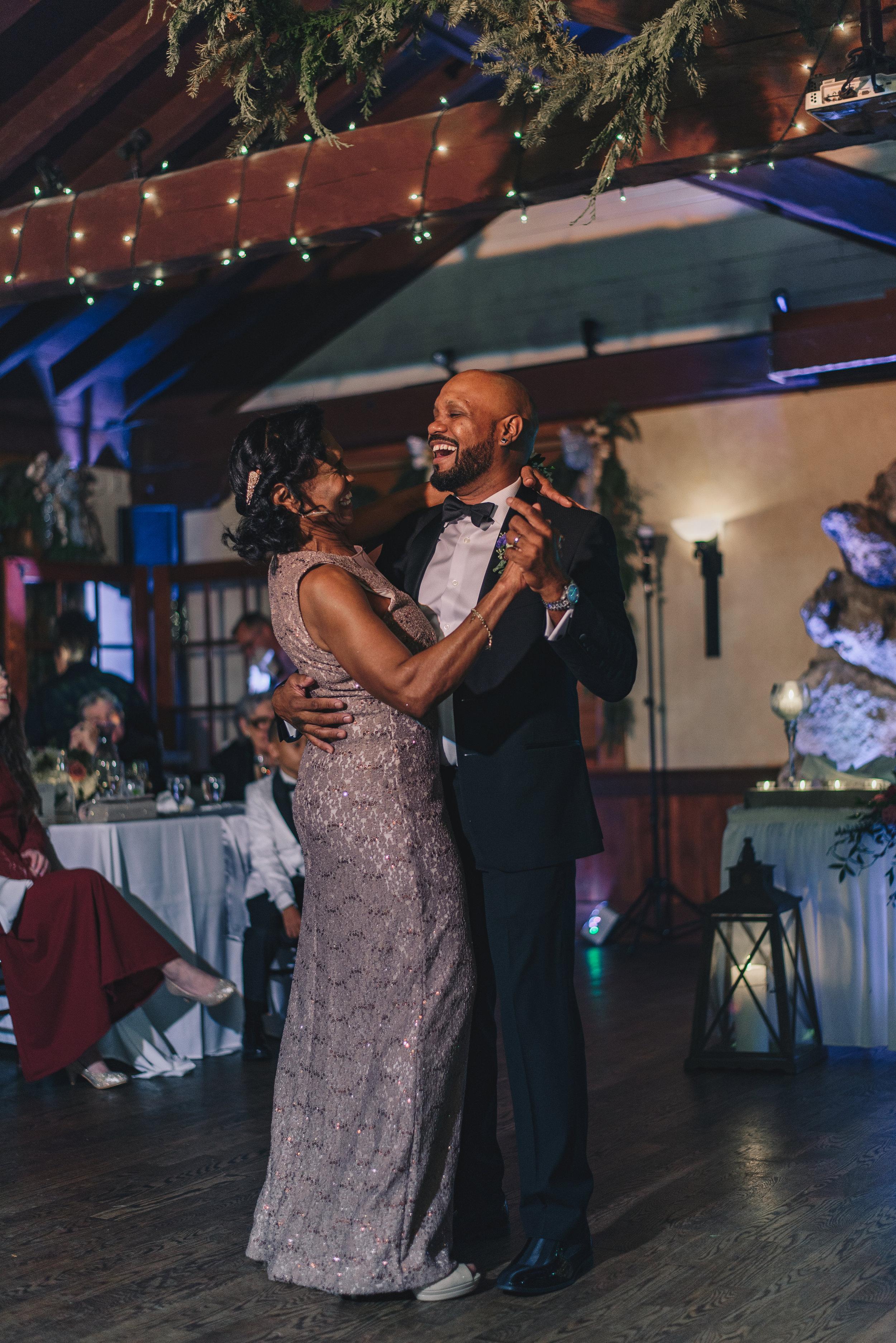 Los-Vargas-Photo-Wedding-Historic-Dubsdread-Ballroom-9273.jpg
