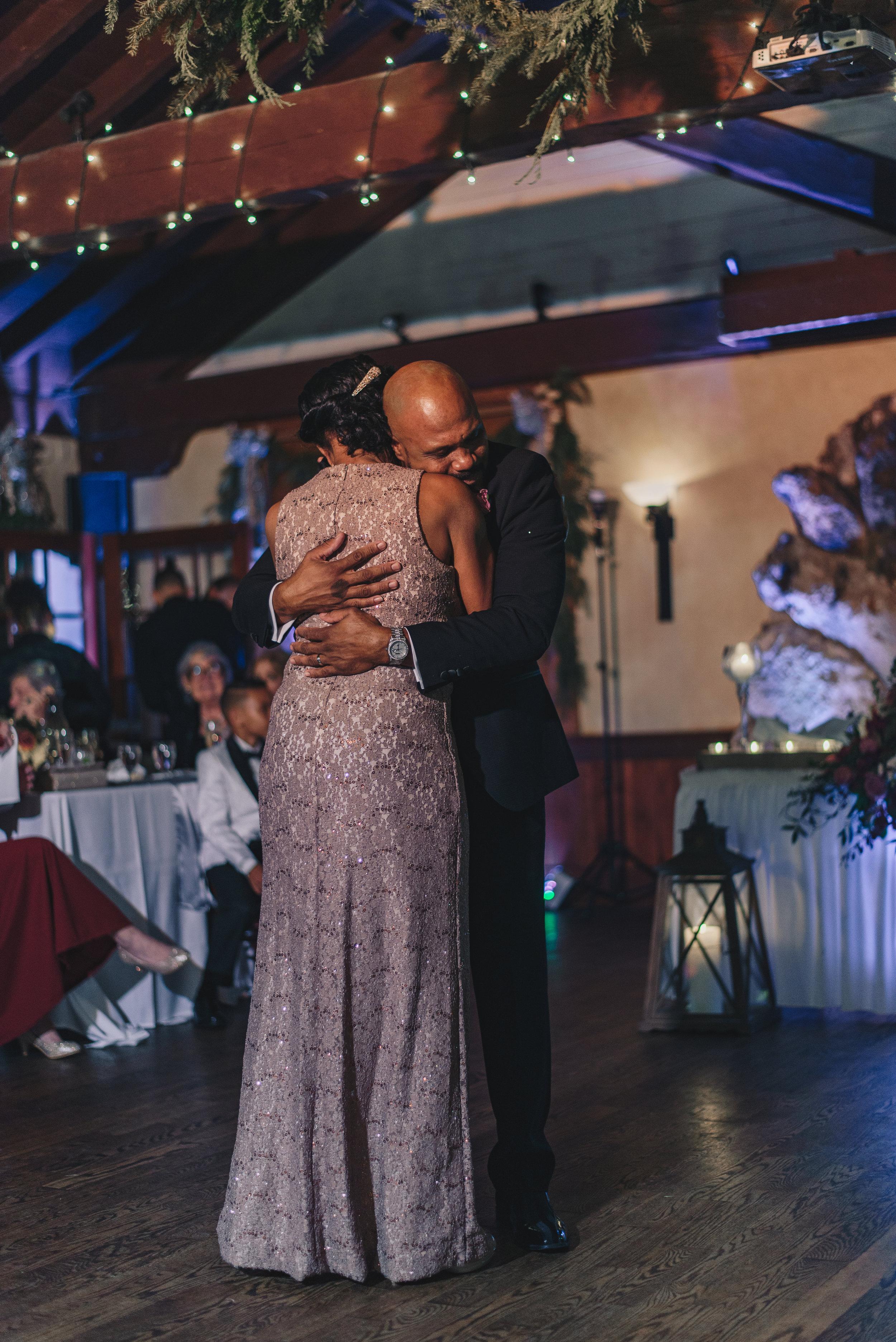 Los-Vargas-Photo-Wedding-Historic-Dubsdread-Ballroom-9279.jpg