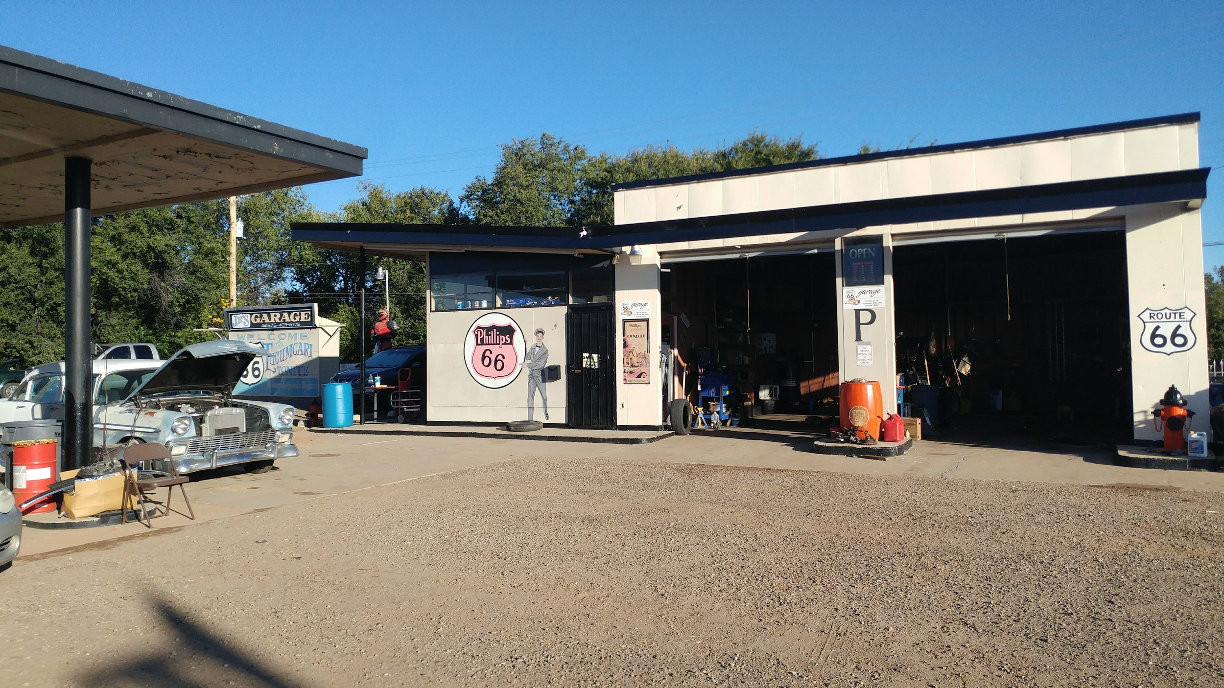 Junior's Garage – Tucumcari, New Mexico
