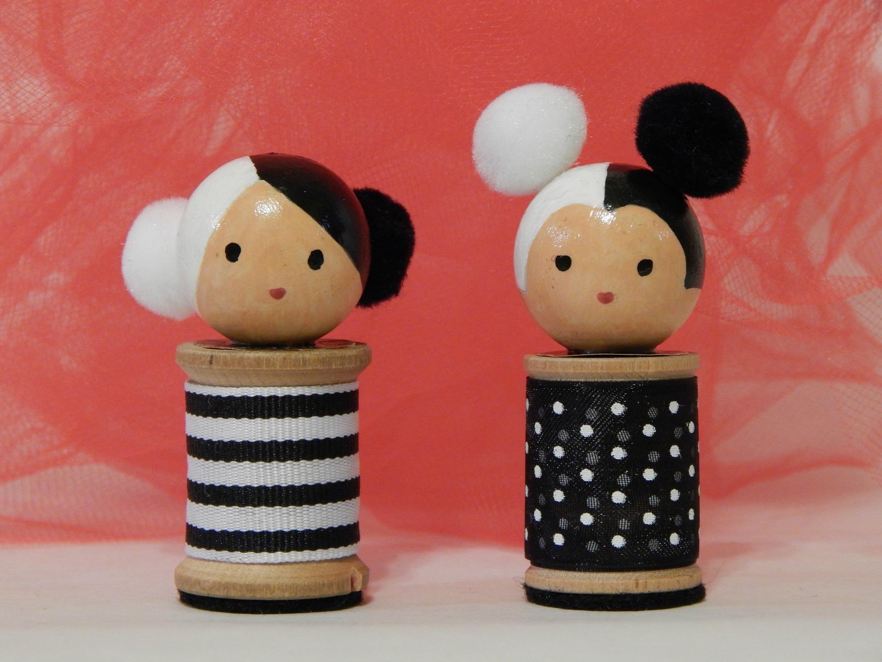 kokeshi sisters.JPG