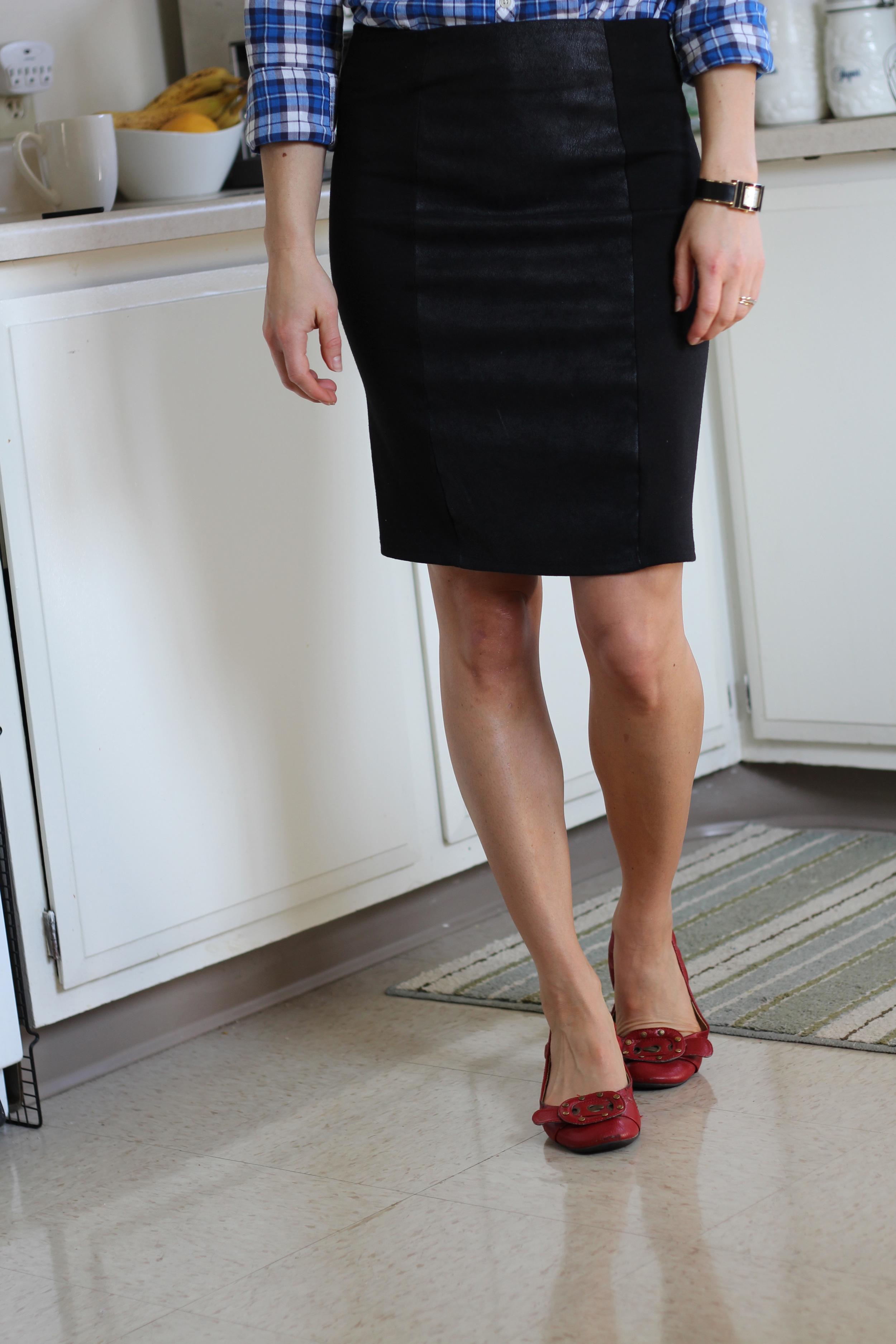 Pencil skirts & plaid.3