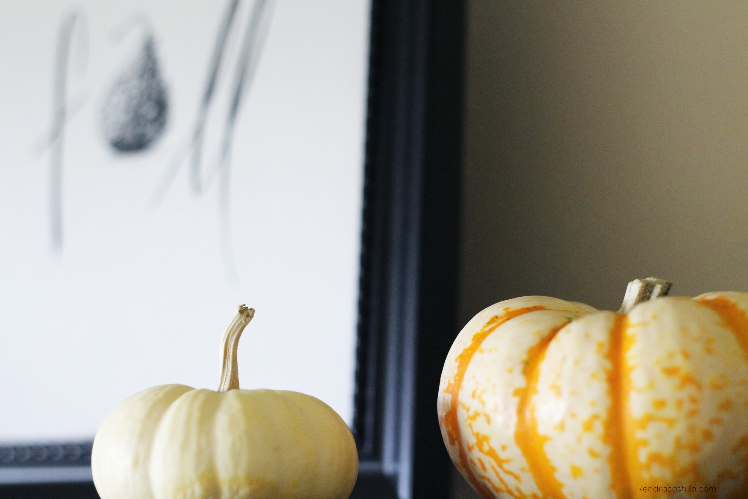 Kendra Castillo: Simple Styling Open Shelves for Fall + a Free Fall Printable