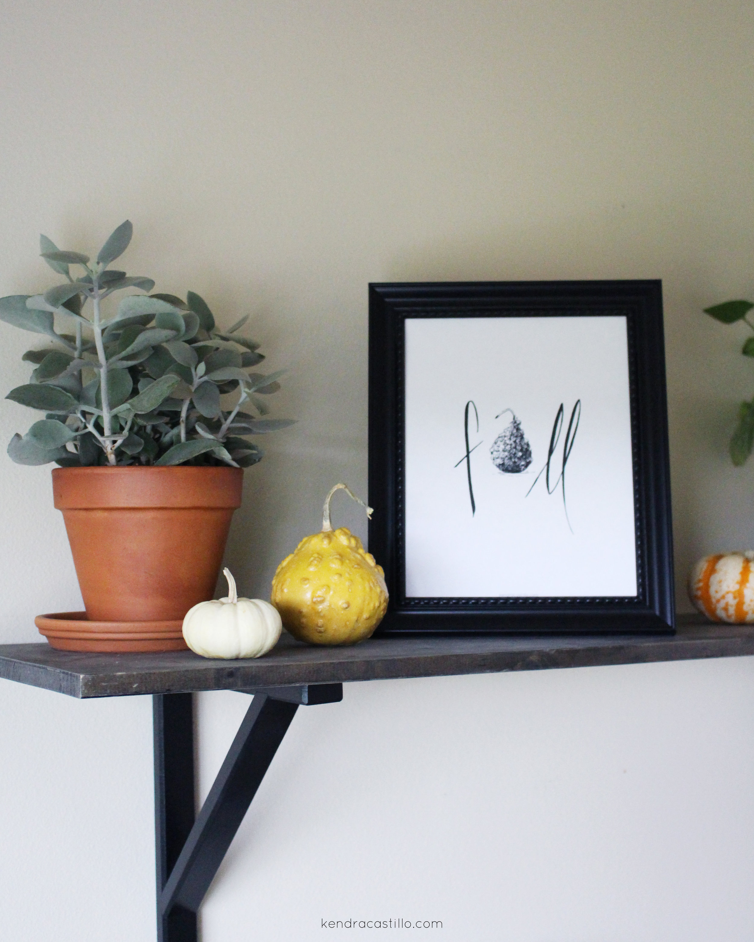 Kendra Castillo: Simple Styling for Fall + a Free Fall Printable