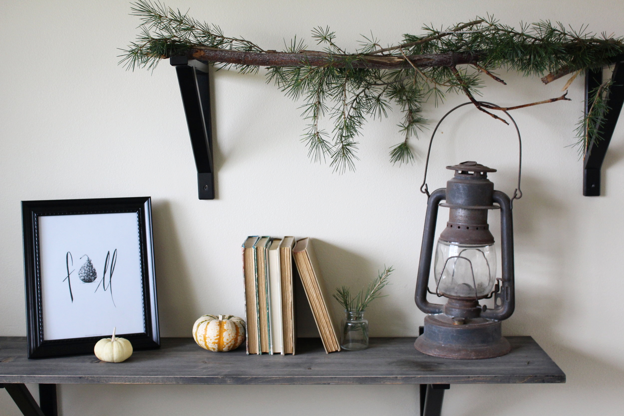 Simple Greens & printable for the Holidays | Kendra Castillo
