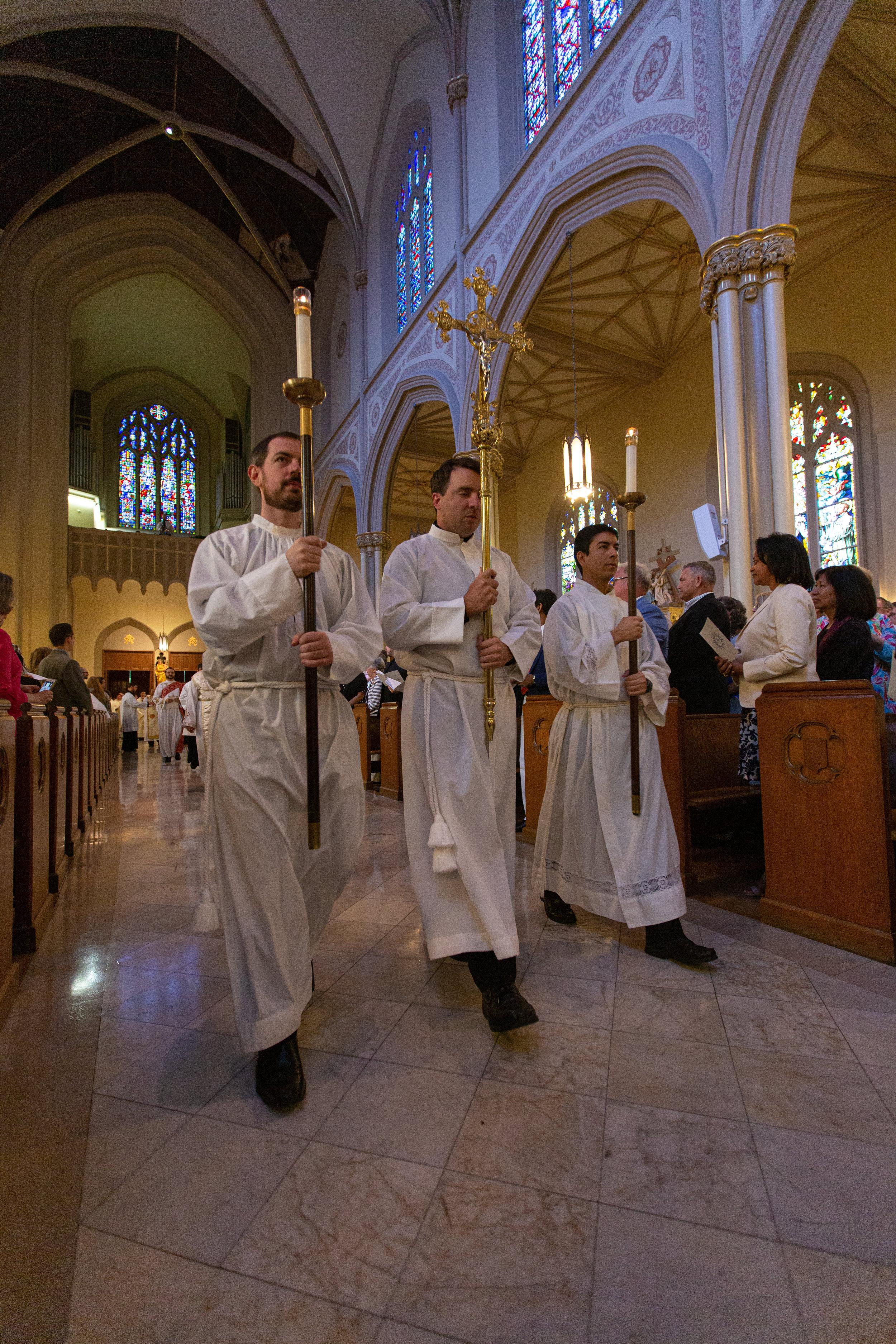 Jesuit Ordination 2019-18.jpg