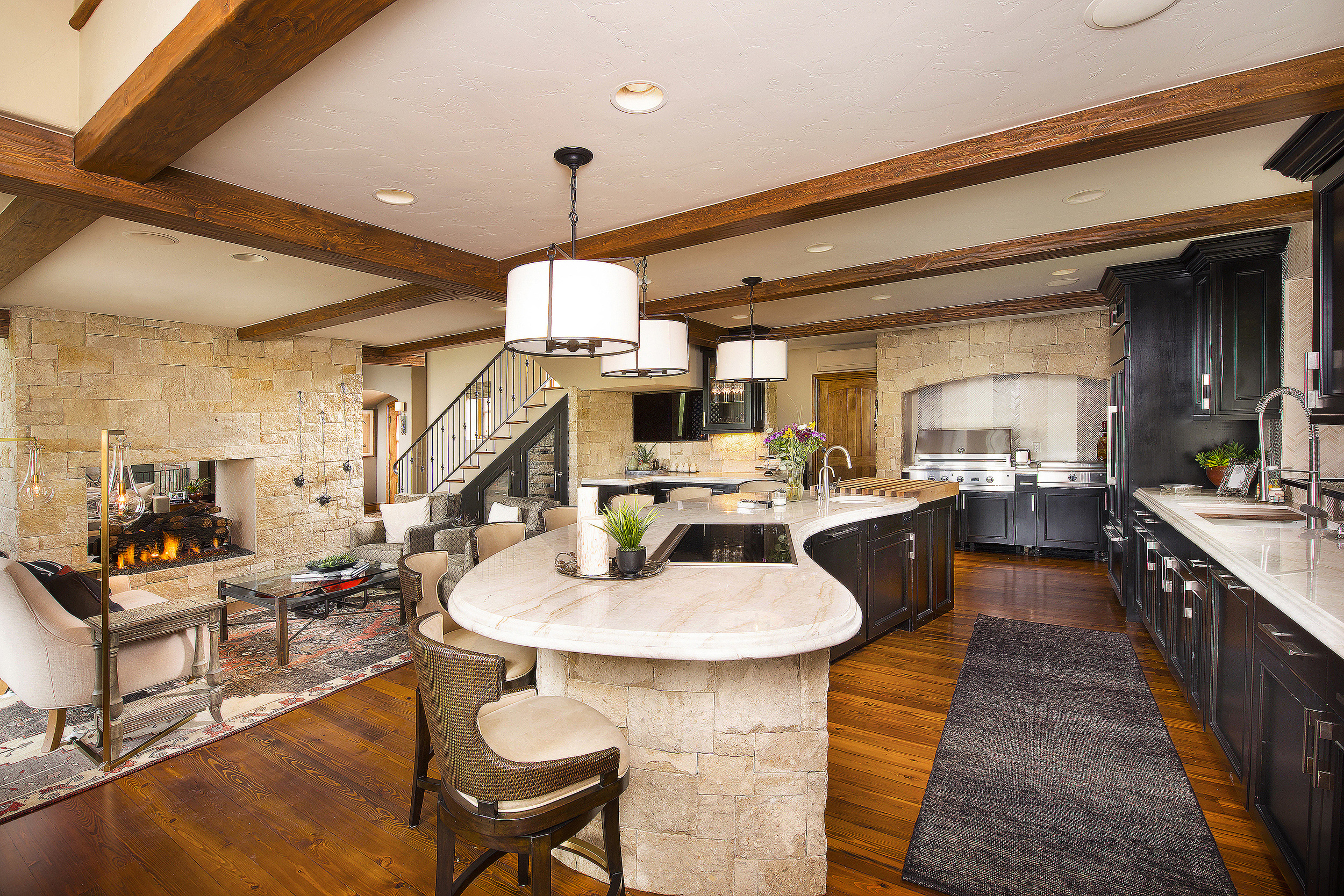 118CastlePeak_Kitchen_10.jpg
