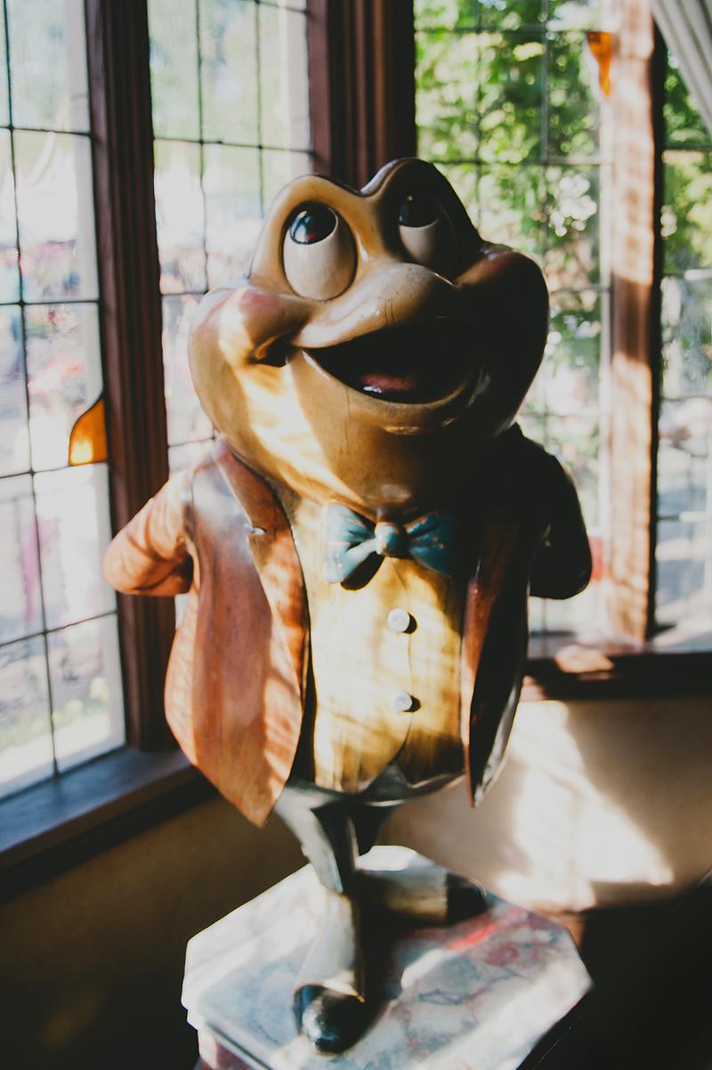 mr toad at disneyland