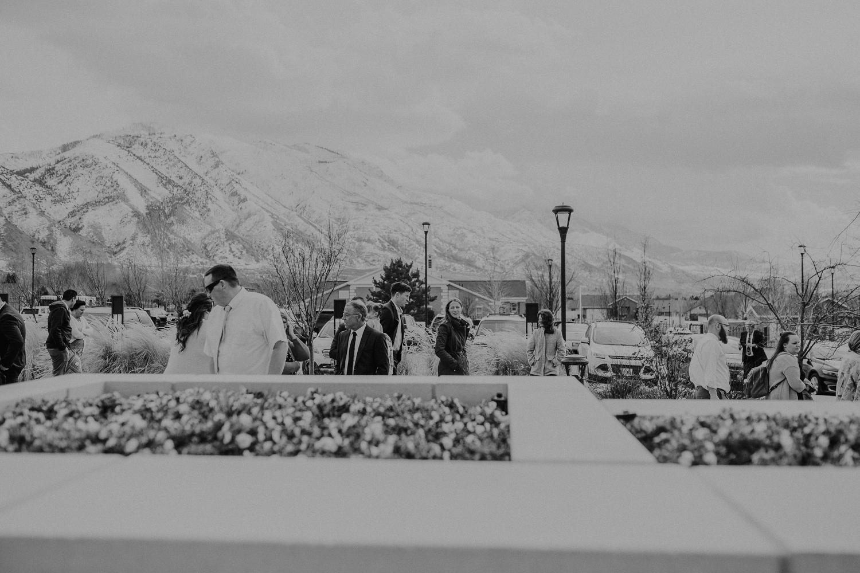 Payson-Utah-Temple-Wedding-Photographer-21-2.jpg