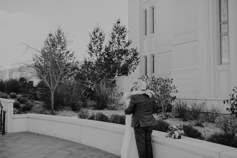 Payson-Utah-Temple-Wedding-Photographer-46-2.jpg
