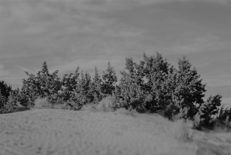 Black-and-white-film-documentary-photography-2.jpg
