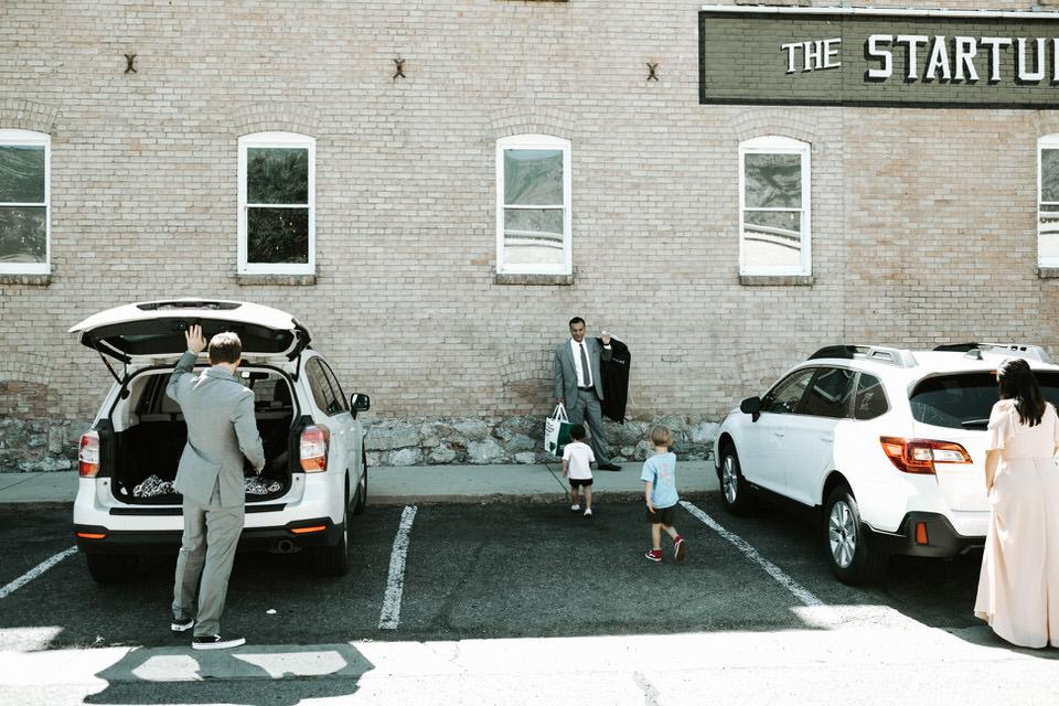Provo-Utah-Wedding-Photography-The-Startup-Building-28-2.jpg