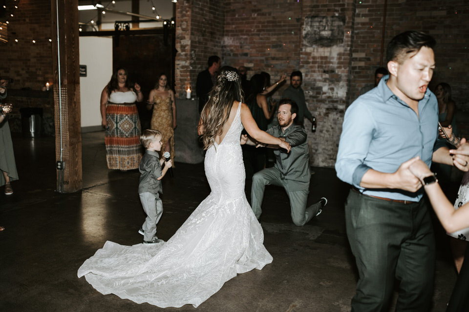 Provo-Utah-Wedding-Photography-The-Startup-Building-217-2.jpg