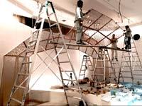 内装工事はこんな大規模なものから棚の組立までいろんな規模の工事があります。