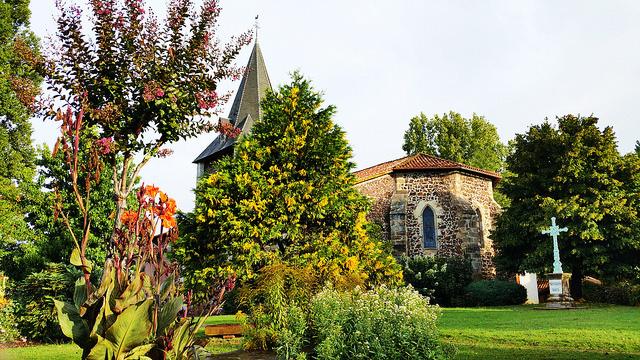 SOI55_TRAVEL_FRENCH_CHURCH